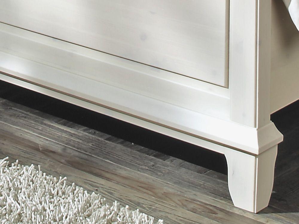 schlafzimmer set kiefer massiv mit braunen absetzungen georgia von lmie m bel letz ihr. Black Bedroom Furniture Sets. Home Design Ideas