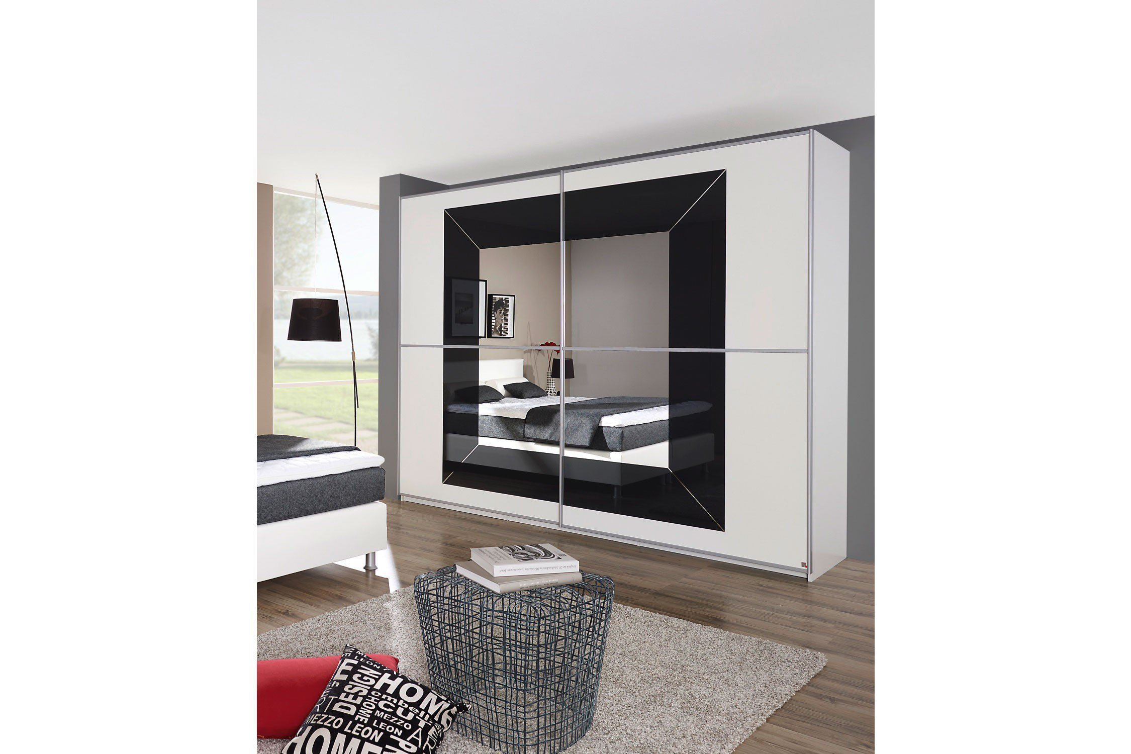 schweber mit spiegel focus von rauch m bel letz ihr online m belhaus. Black Bedroom Furniture Sets. Home Design Ideas