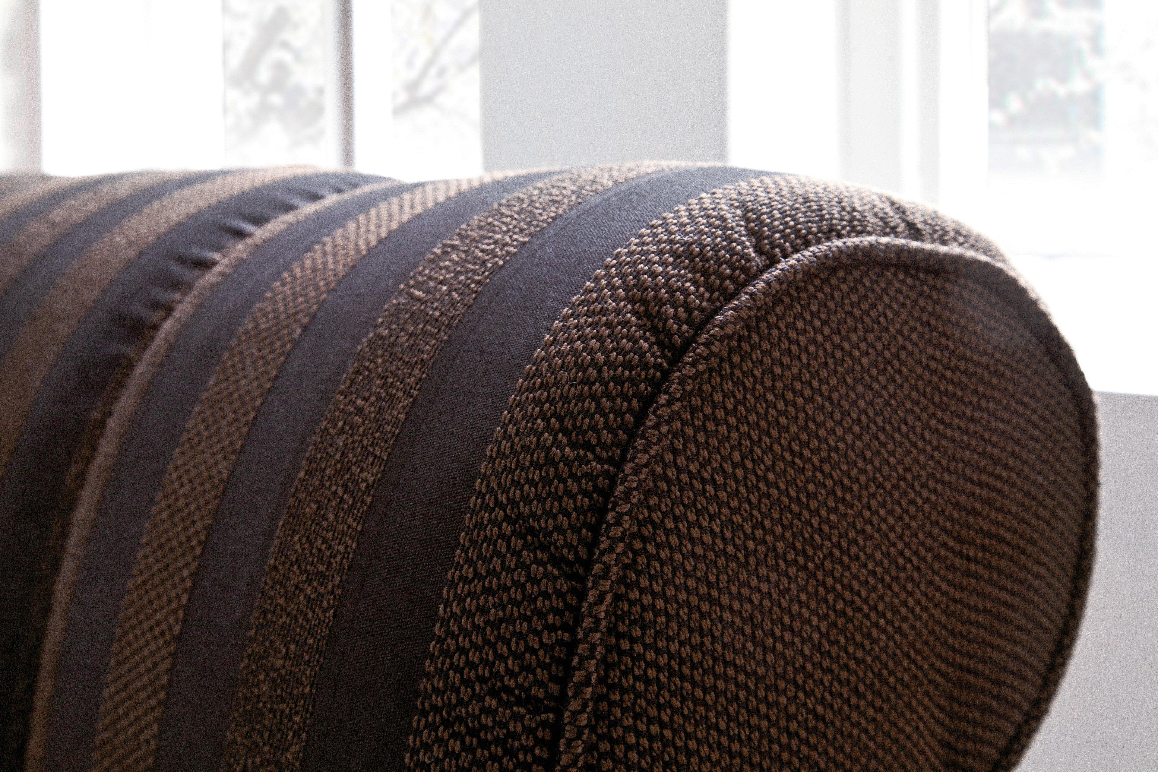 lila schwarz wohnzimmer ~ kreative deko-ideen und innenarchitektur, Wohnzimmer dekoo