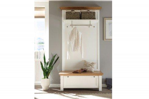 Maisonette von Wehrsdorfer - Garderobe weiß & Asteiche