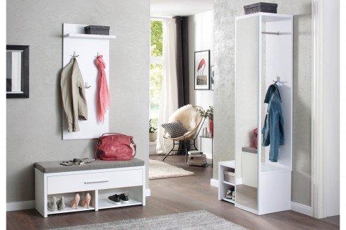 Check von Maja Möbel - Garderobe in Icy-weiß