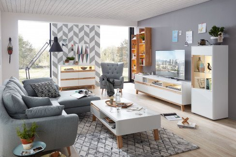 Die Hausmarke Light Line 5 - Wohnwand 501 kristallweiß matt