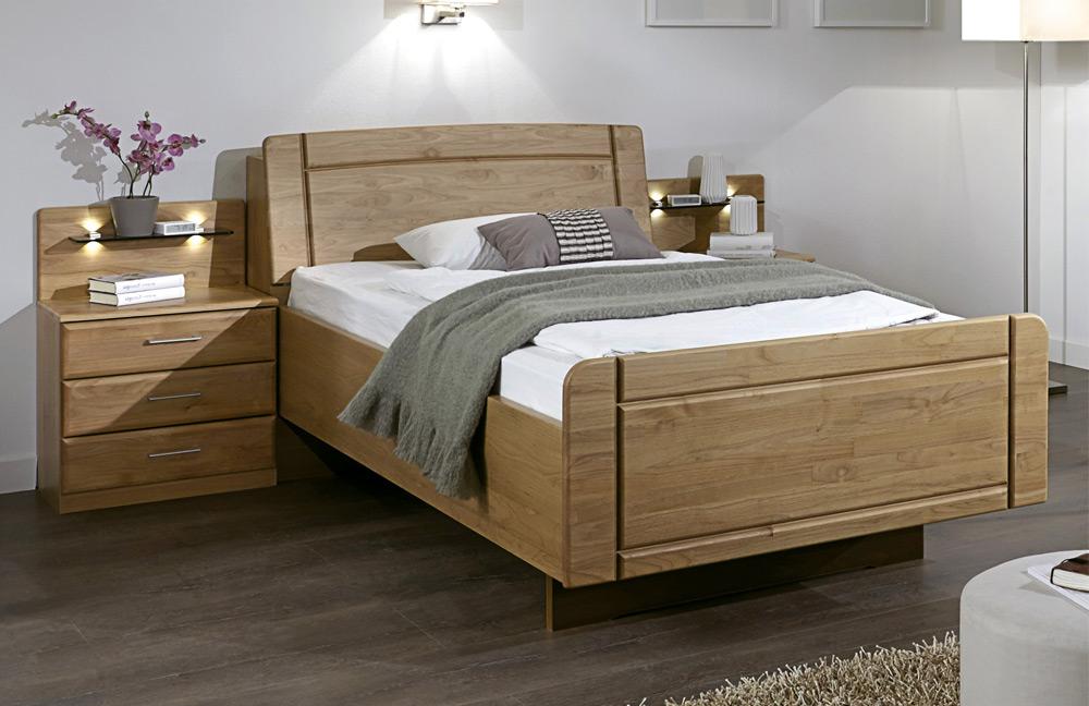 Schlafzimmer Kommode Erle Teilmassiv : Innsbruck von Wiemann - Senioren-Schlafzimmer Erle teilmassiv