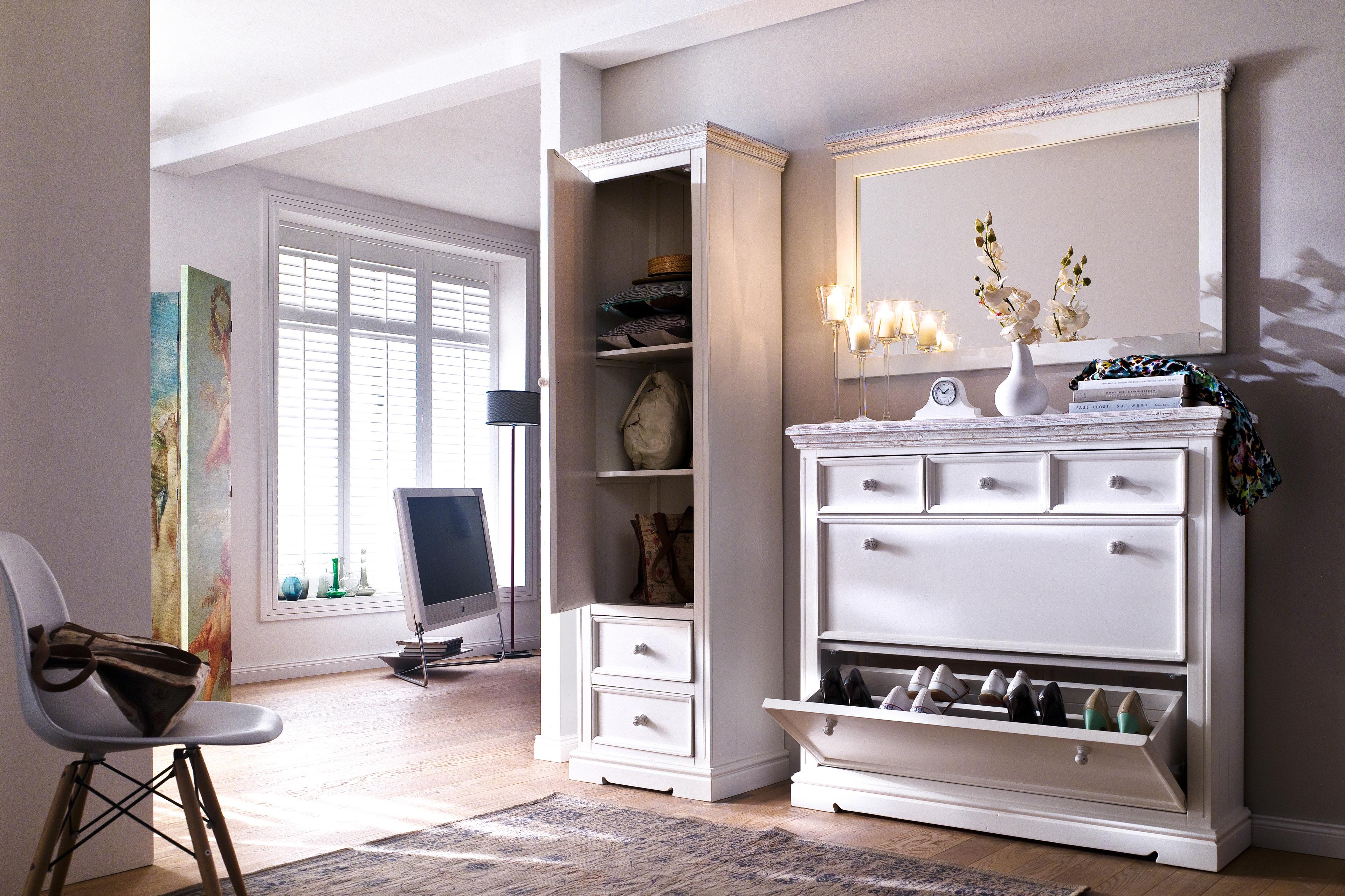 garderobe opus osita kiefer massiv wei mca furniture. Black Bedroom Furniture Sets. Home Design Ideas