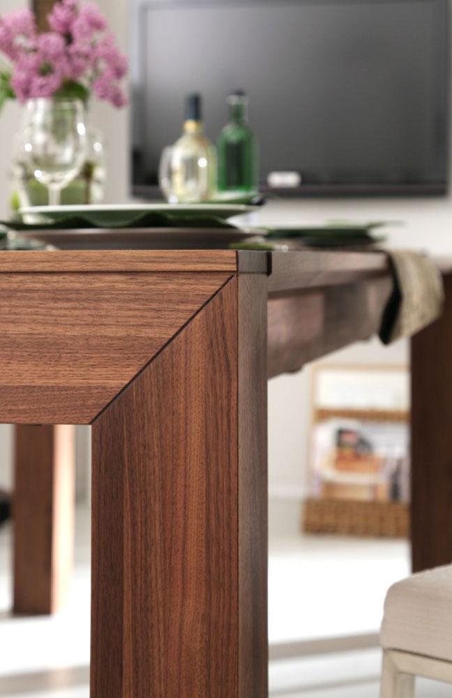 esstisch lyss amerikanischer nussbaum von wimmer wohnkollektionen m bel letz ihr online shop. Black Bedroom Furniture Sets. Home Design Ideas