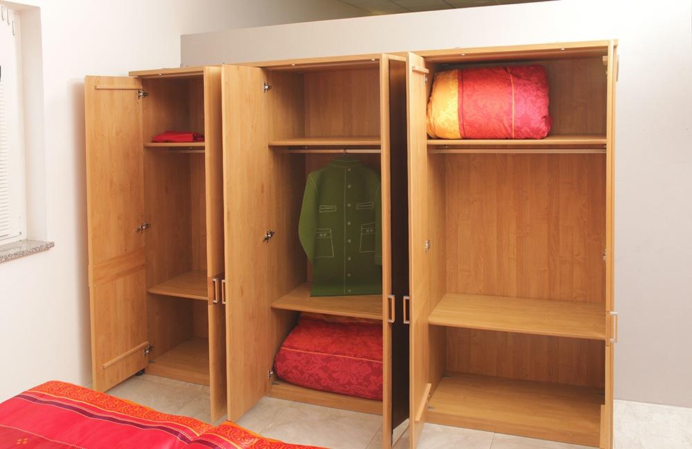 Schlafzimmer Parma Erle Teilmassiv ~ Innenräume und Möbel Ideen