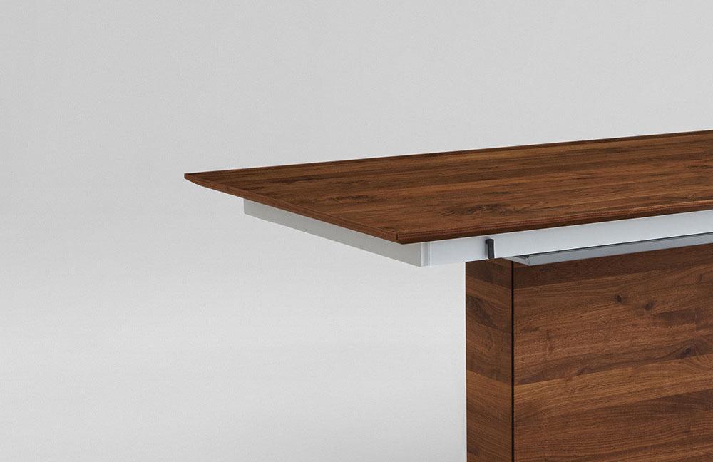 Esstisch nussbaum massiv kaufen alle ideen ber home design for Designer esstisch aldi