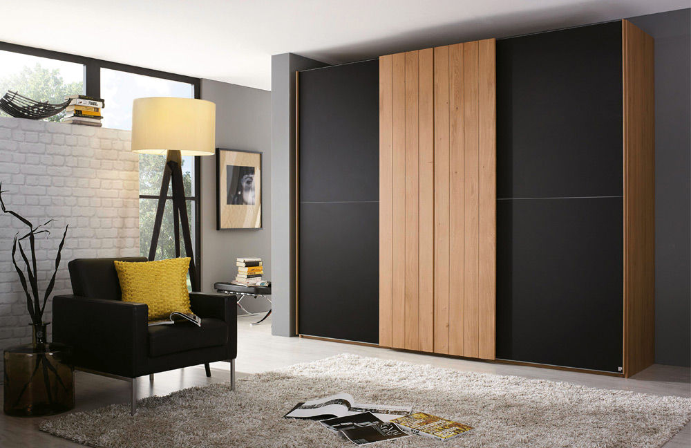 rauch varberg teilmassiv farbglas m bel letz ihr. Black Bedroom Furniture Sets. Home Design Ideas