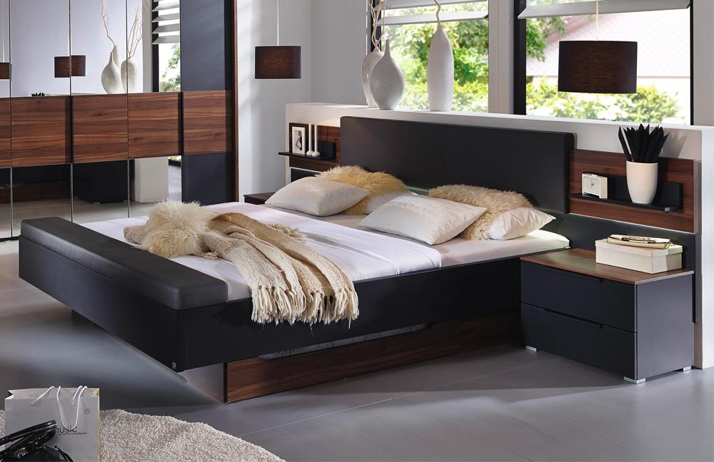 Schlafzimmer von Rauch Steffen - Modell Amado/ Sendor mit markant ...