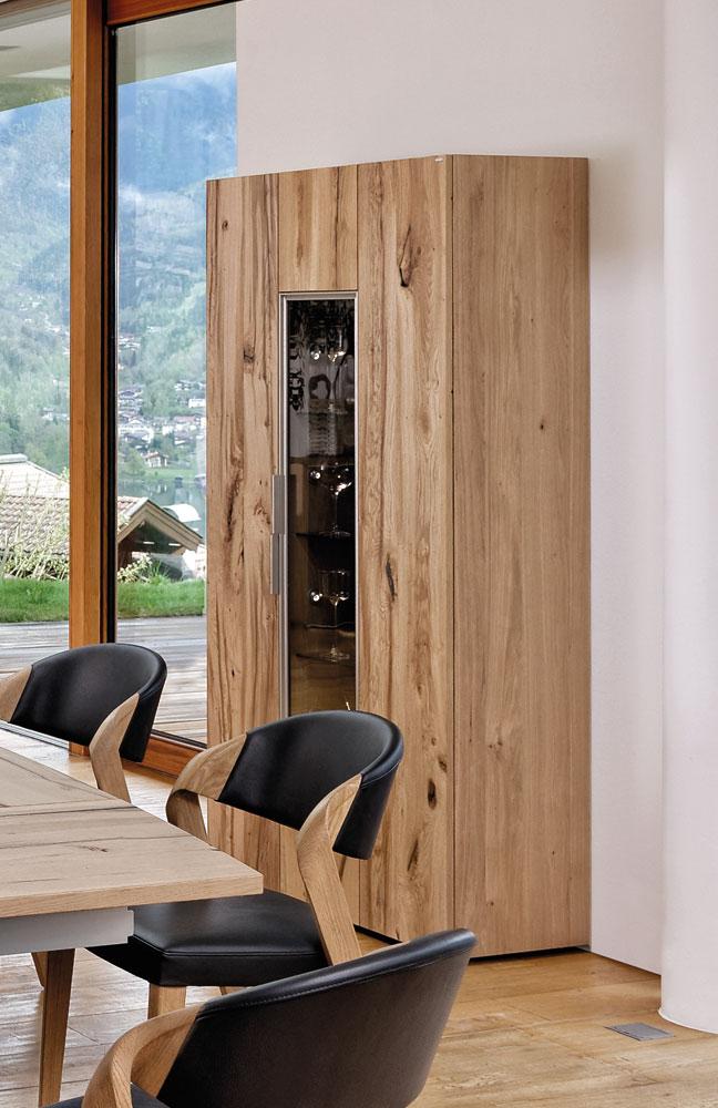 esszimmer v alpin eiche altholz leder schwarz von voglauer m bel letz ihr online shop. Black Bedroom Furniture Sets. Home Design Ideas
