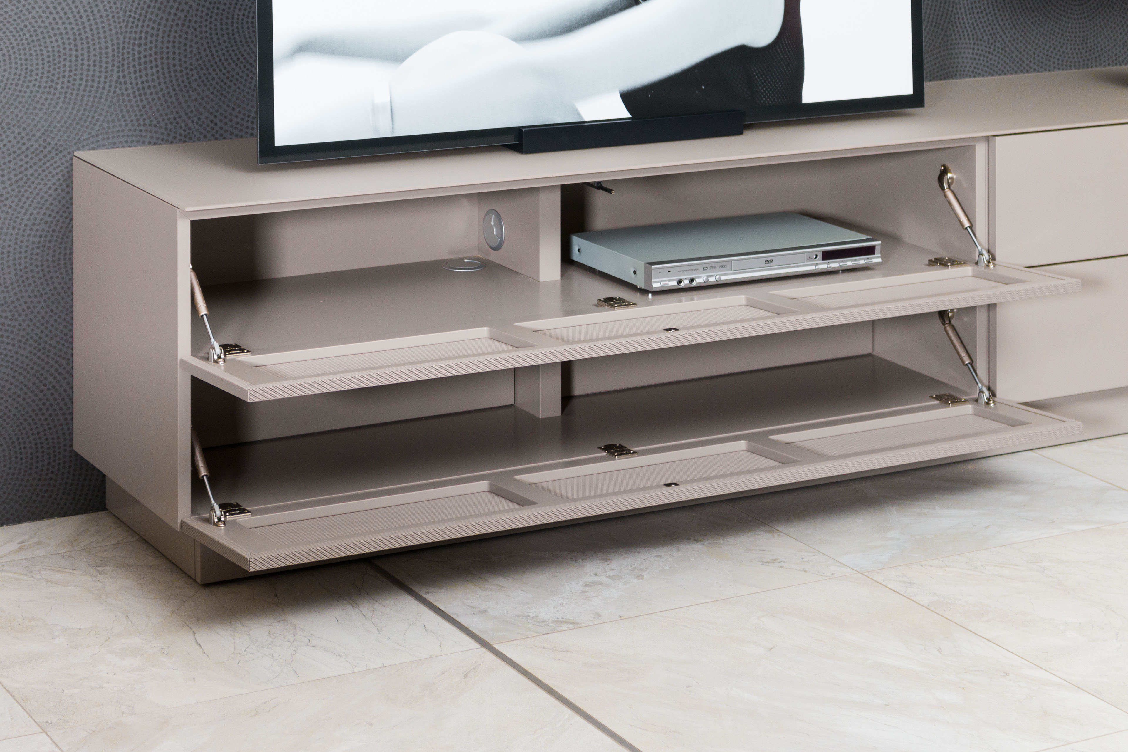 wohnwand cubo v61 von sudbrock m bel letz ihr online shop. Black Bedroom Furniture Sets. Home Design Ideas