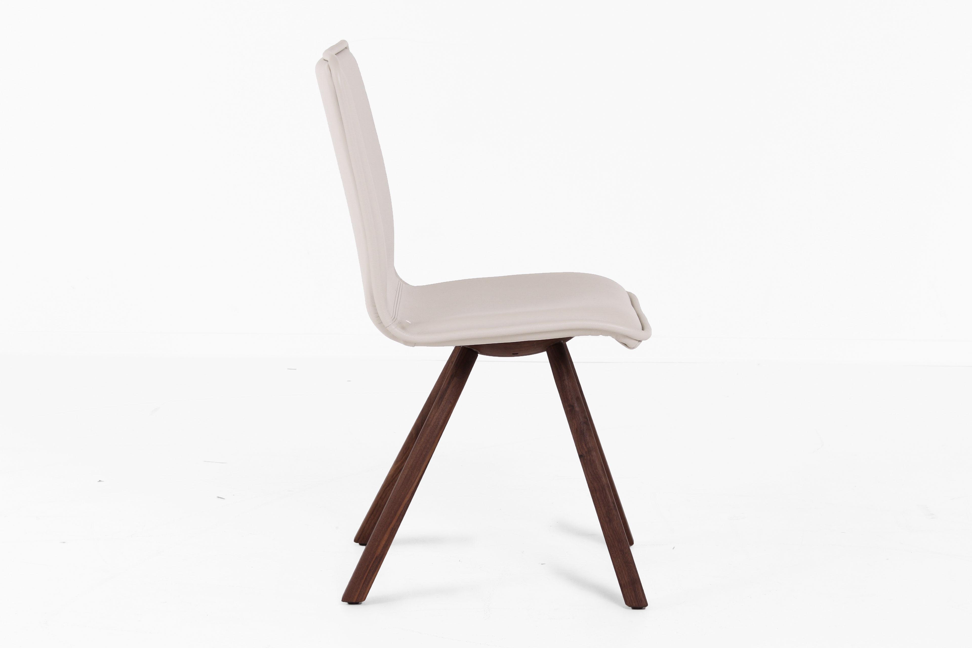 voglauer stuhl 46 wildnuss leder kiesel m bel letz. Black Bedroom Furniture Sets. Home Design Ideas