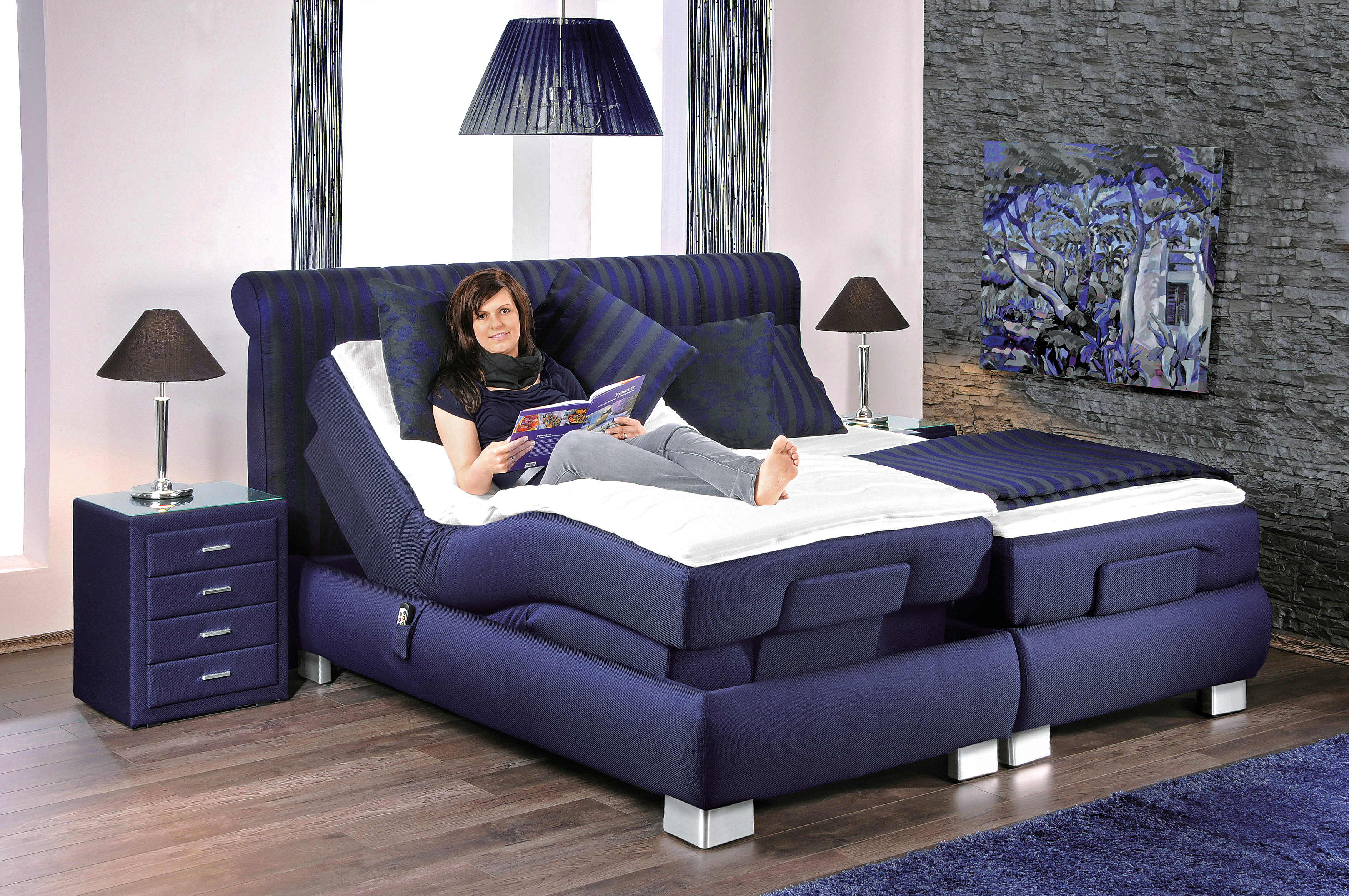 boxspringbett mit motor prestige von oschmann in blau m bel letz ihr online shop. Black Bedroom Furniture Sets. Home Design Ideas