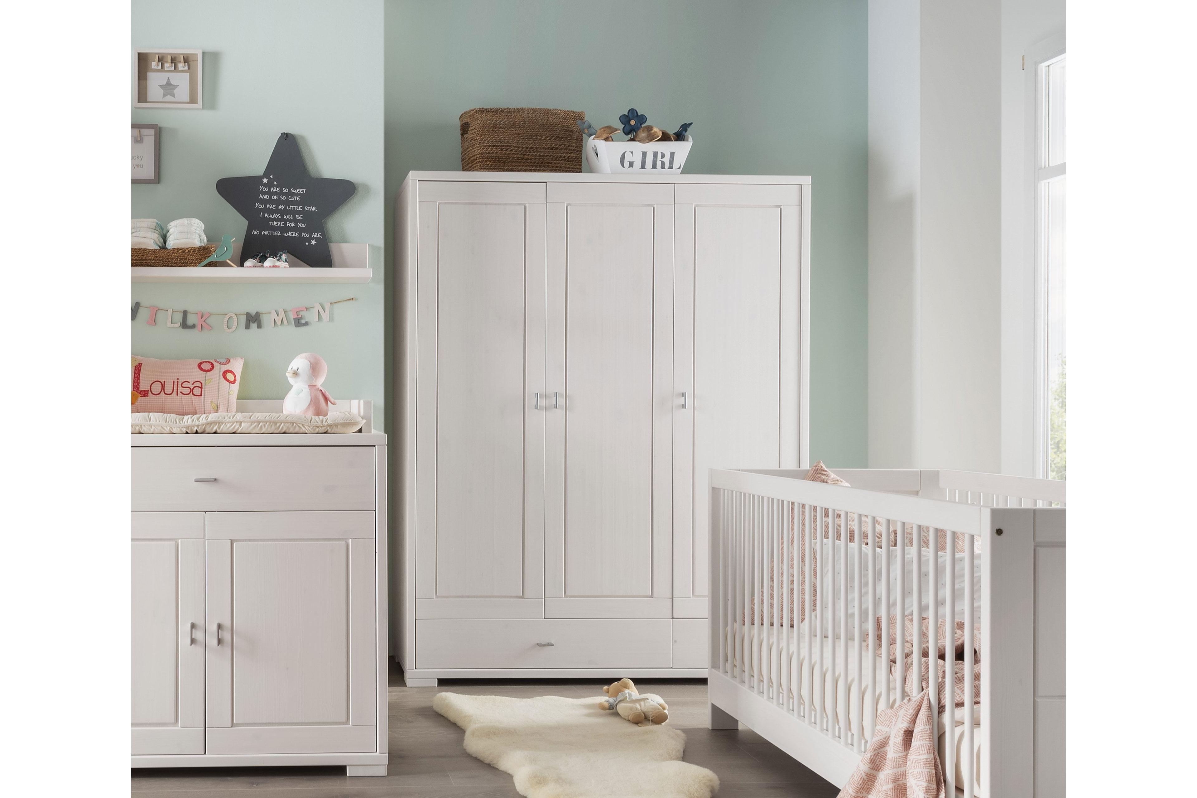 babyzimmer guldborg von pinus gb in kiefer massiv wei. Black Bedroom Furniture Sets. Home Design Ideas