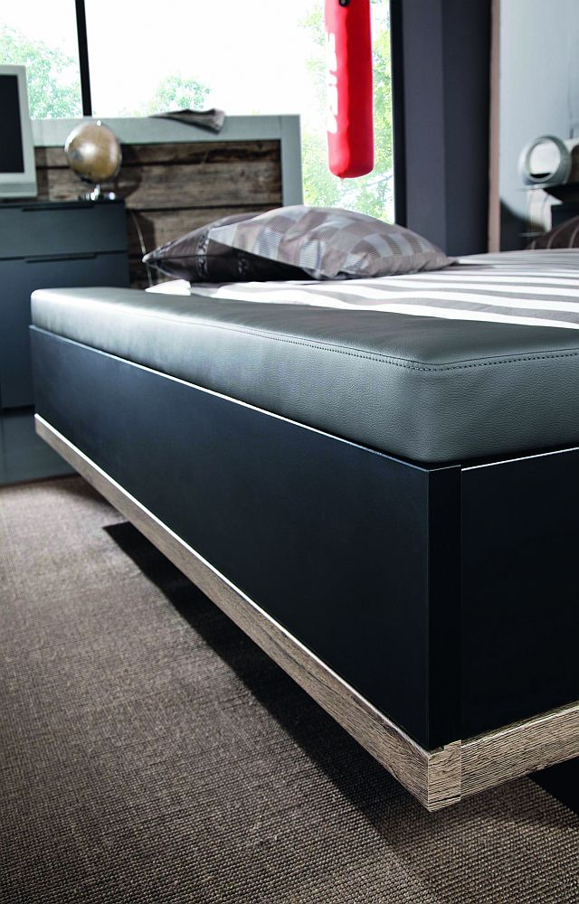 schlafzimmer vadora matt schwarz sanremo eiche von rauch steffen m bel letz ihr online. Black Bedroom Furniture Sets. Home Design Ideas