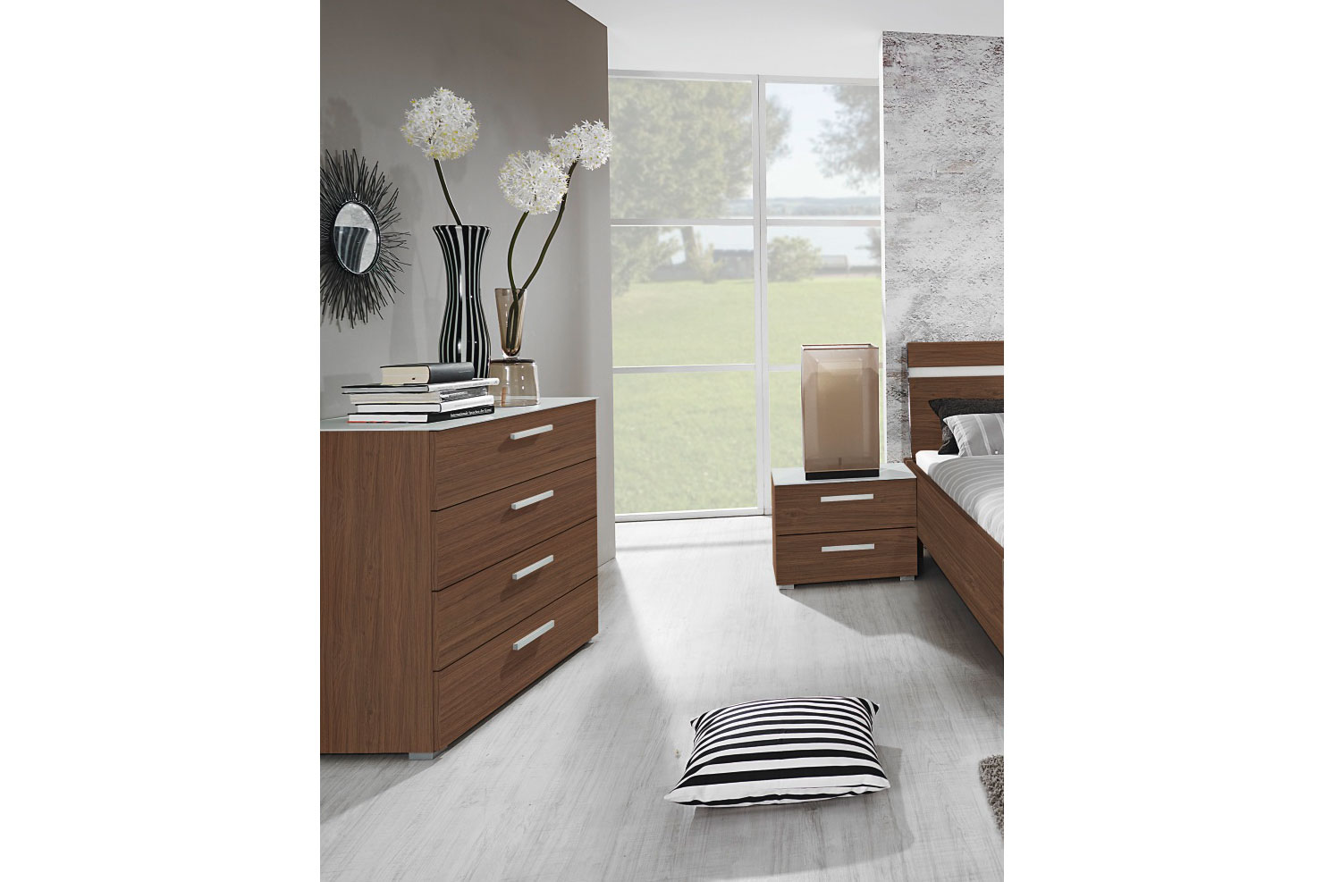 rauch dialog nussbaum royal m bel letz ihr online shop. Black Bedroom Furniture Sets. Home Design Ideas