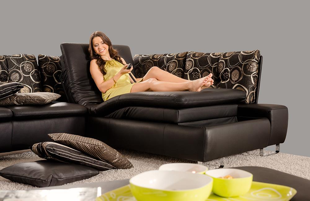 pm oelsa avus ecksofa schwarz und gemustert m bel letz ihr online shop. Black Bedroom Furniture Sets. Home Design Ideas