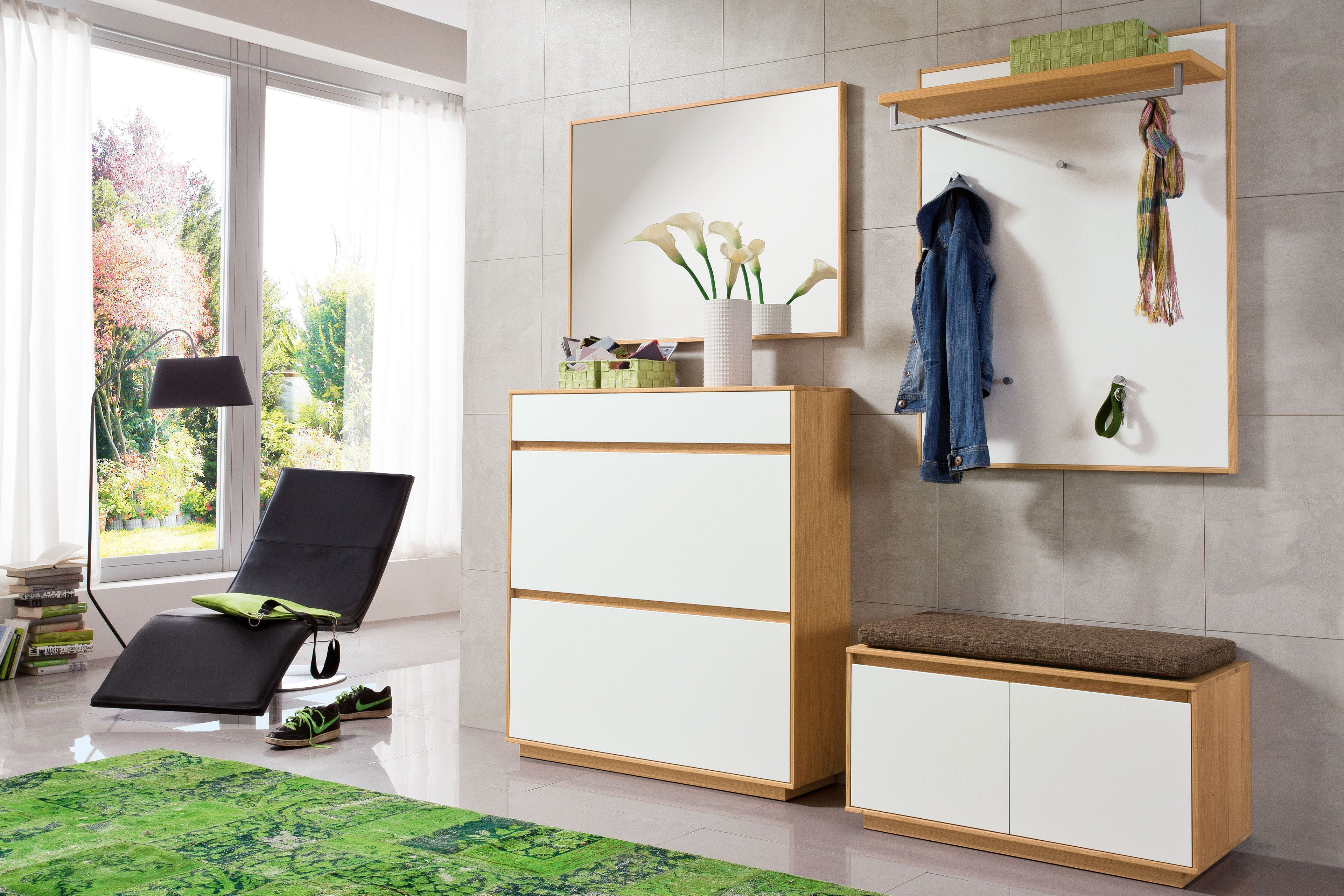 garderobe v100 eiche bianco mit wei m lack von voss m bel. Black Bedroom Furniture Sets. Home Design Ideas