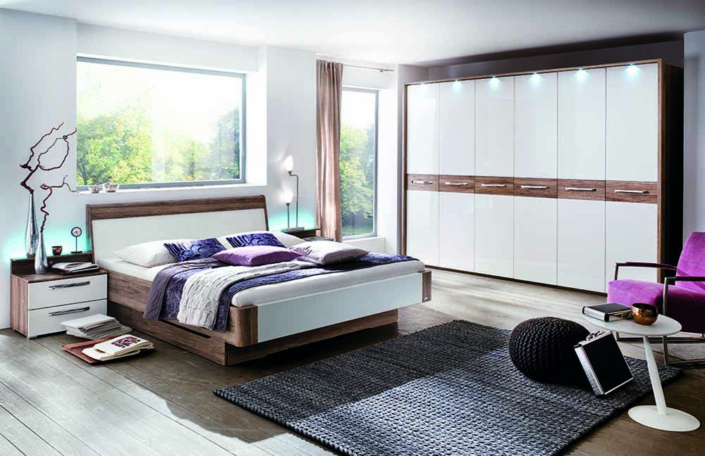 schlafzimmer calmo mit dreht renschrank von casada m bel. Black Bedroom Furniture Sets. Home Design Ideas