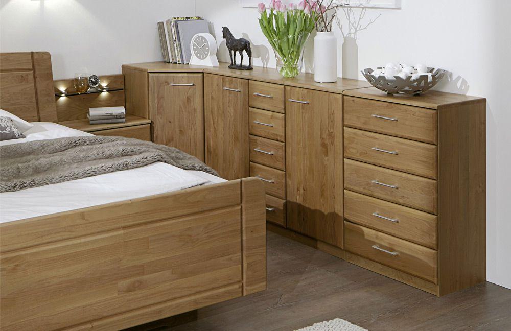 senioren schlafzimmer mit doppelbett. Black Bedroom Furniture Sets. Home Design Ideas