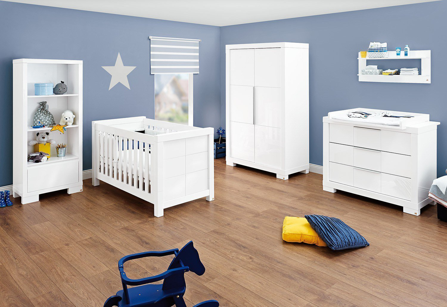 pinolino star babyzimmer hochglanz wei m bel letz ihr online shop. Black Bedroom Furniture Sets. Home Design Ideas
