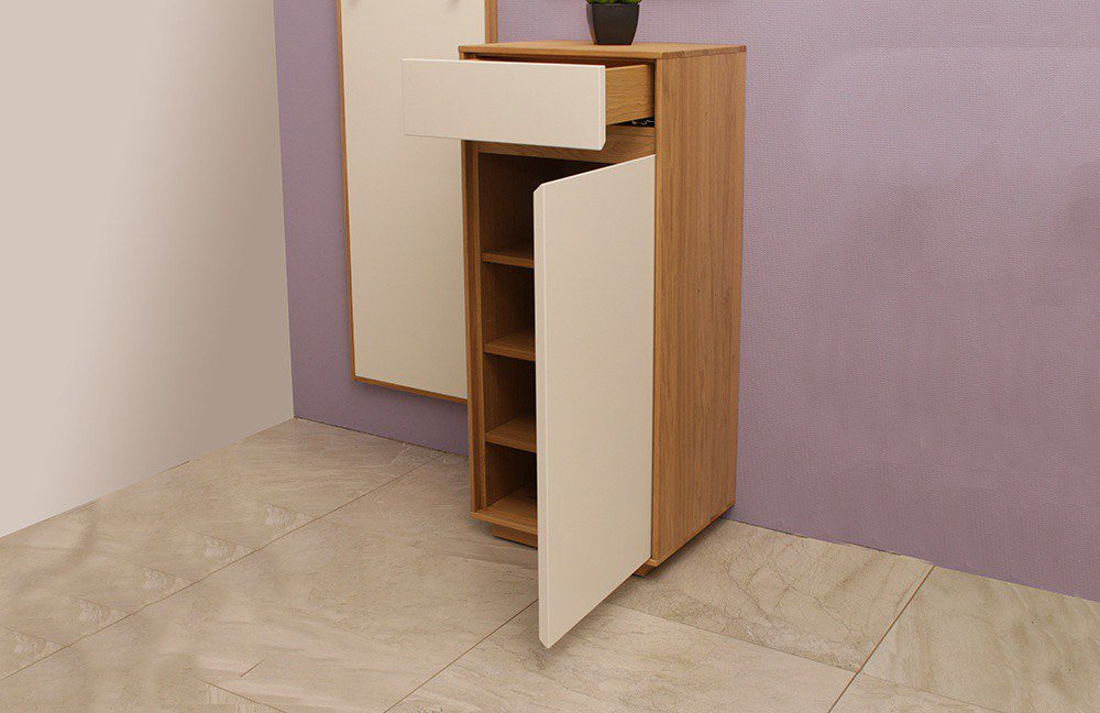 garderobe v100 in eichen holz lack wei von voss m bel letz ihr online shop. Black Bedroom Furniture Sets. Home Design Ideas