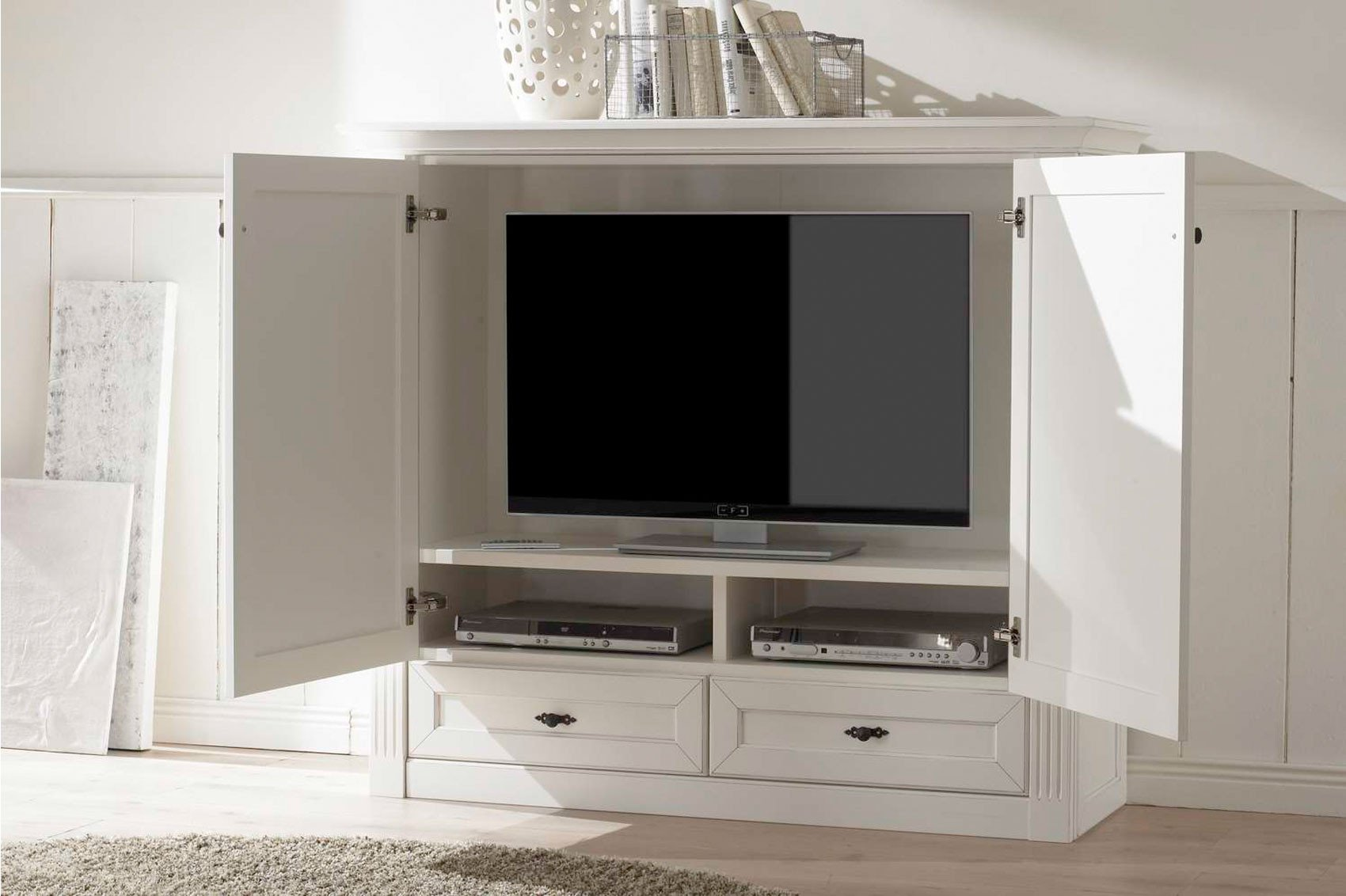 tv schrank maisonette vintage wei von wehrsdorfer m bel letz ihr online shop. Black Bedroom Furniture Sets. Home Design Ideas