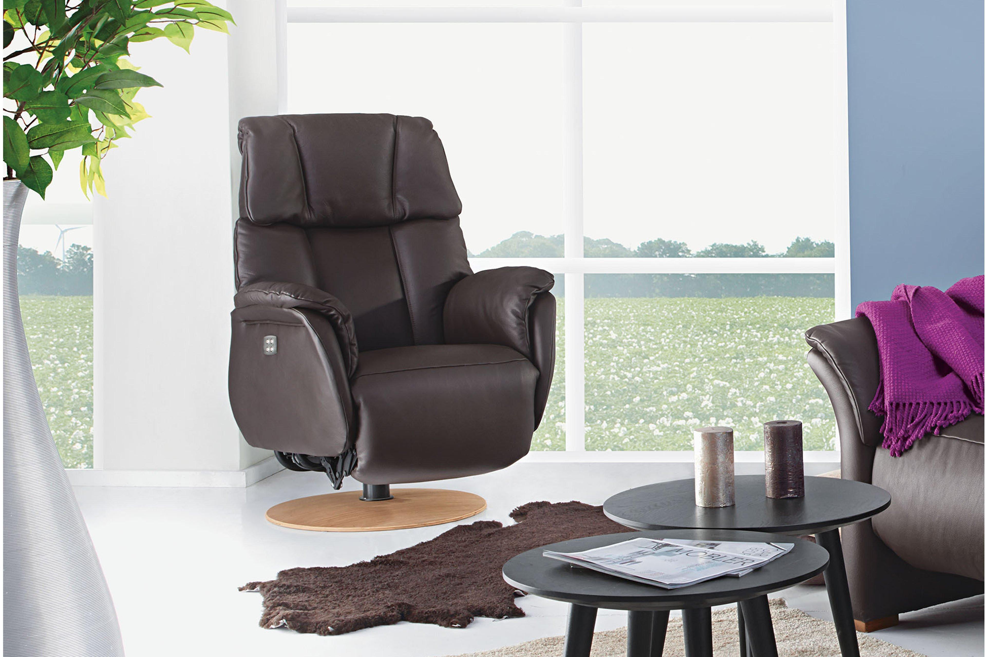 skandinavische m bel lykka trapez sofa in dunkelbraun. Black Bedroom Furniture Sets. Home Design Ideas