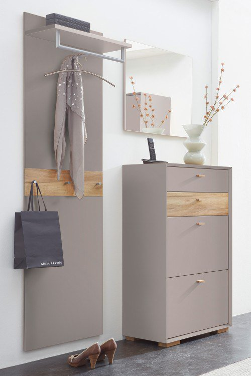 garderobe klein perfect das bild wird geladen with garderobe klein interesting musbacher. Black Bedroom Furniture Sets. Home Design Ideas