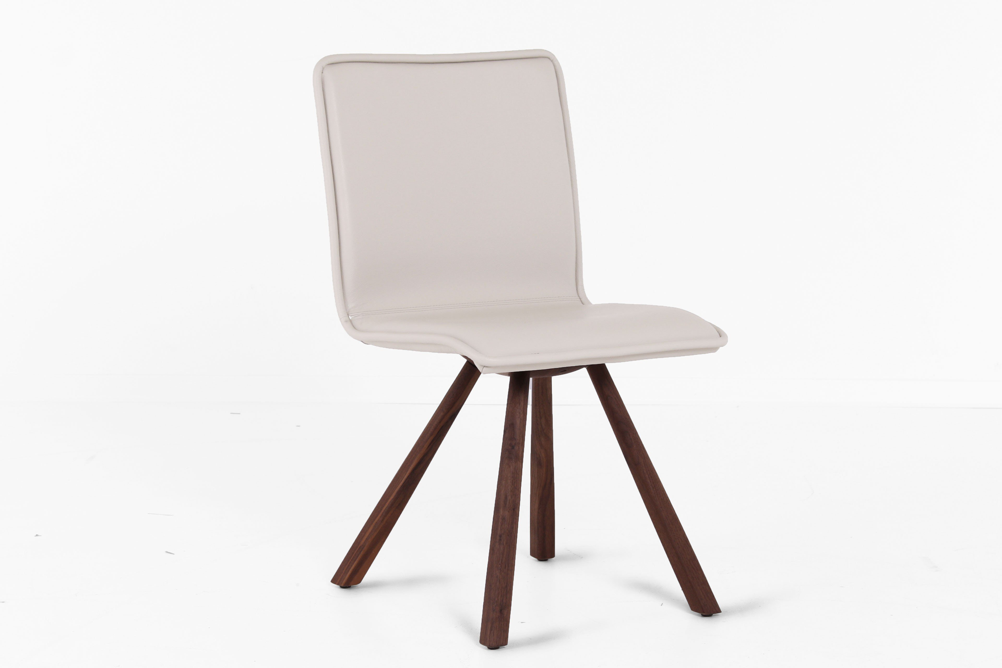 Stuhl leder interesting dunord design stuhl verona weiss for Dunord design stuhl verona
