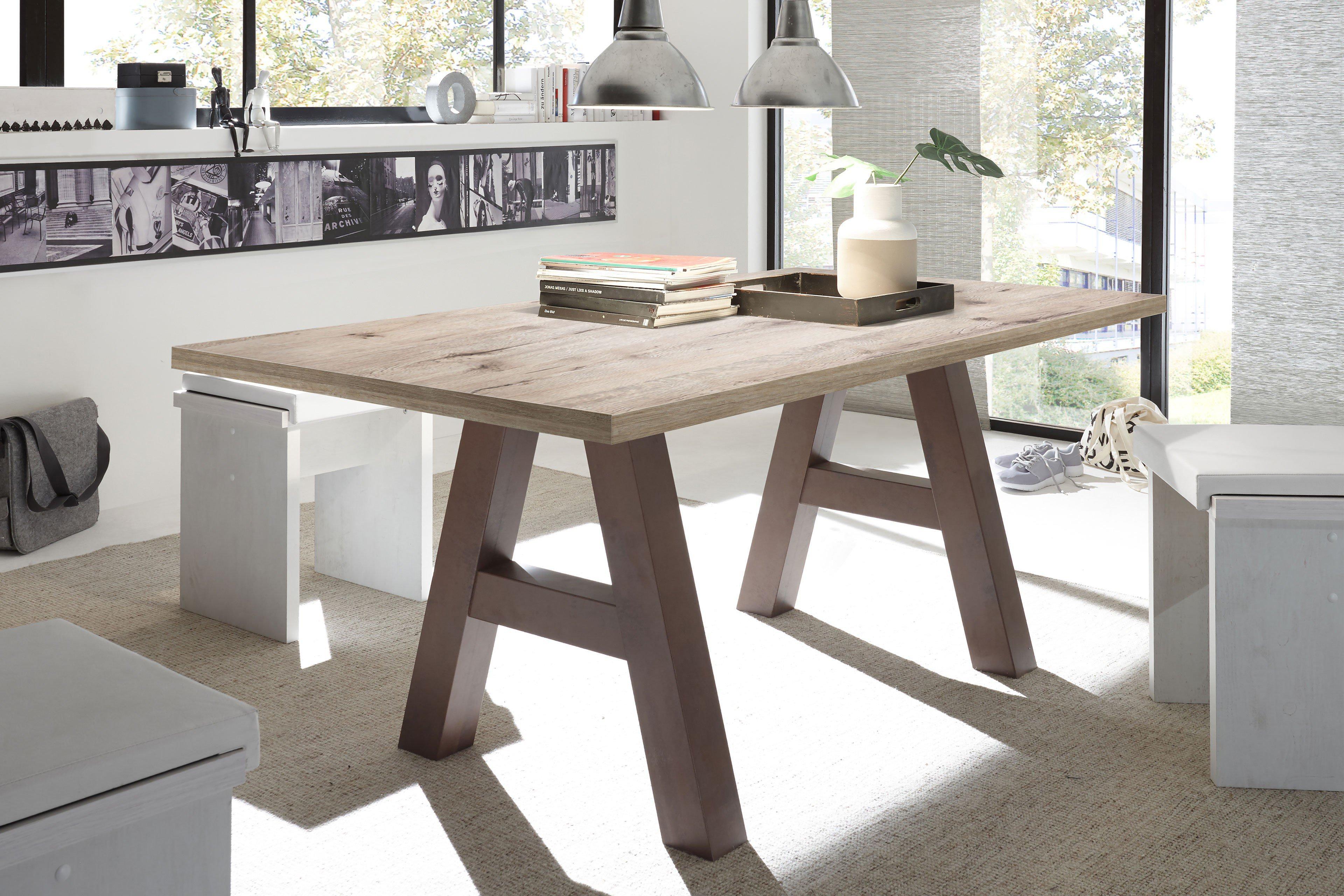 esstisch mister a trey sandeiche rost von m usbacher m bel letz ihr online shop. Black Bedroom Furniture Sets. Home Design Ideas