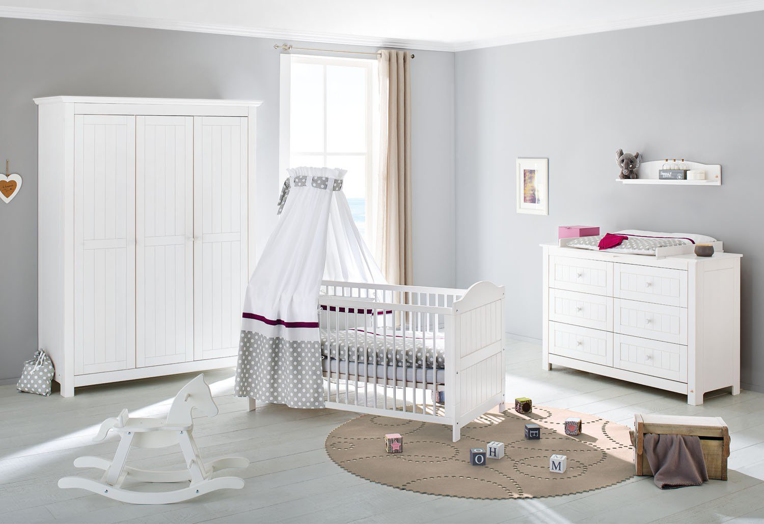 massivholz babyzimmer nina von pinolino m bel letz ihr. Black Bedroom Furniture Sets. Home Design Ideas