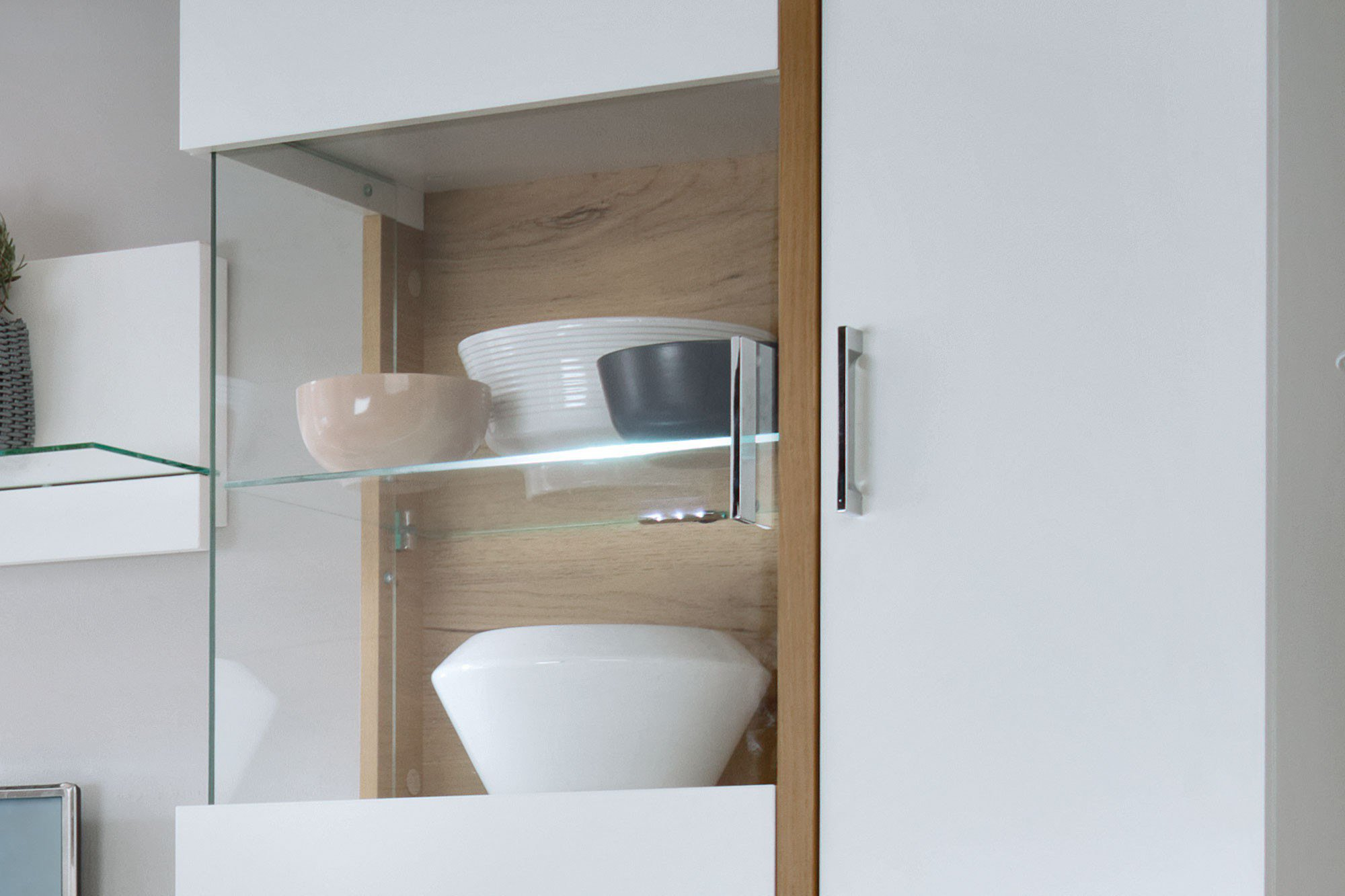 wohnwand trier free vlora von ims living wohnwand inklusive beleuchtung with wohnwand trier. Black Bedroom Furniture Sets. Home Design Ideas