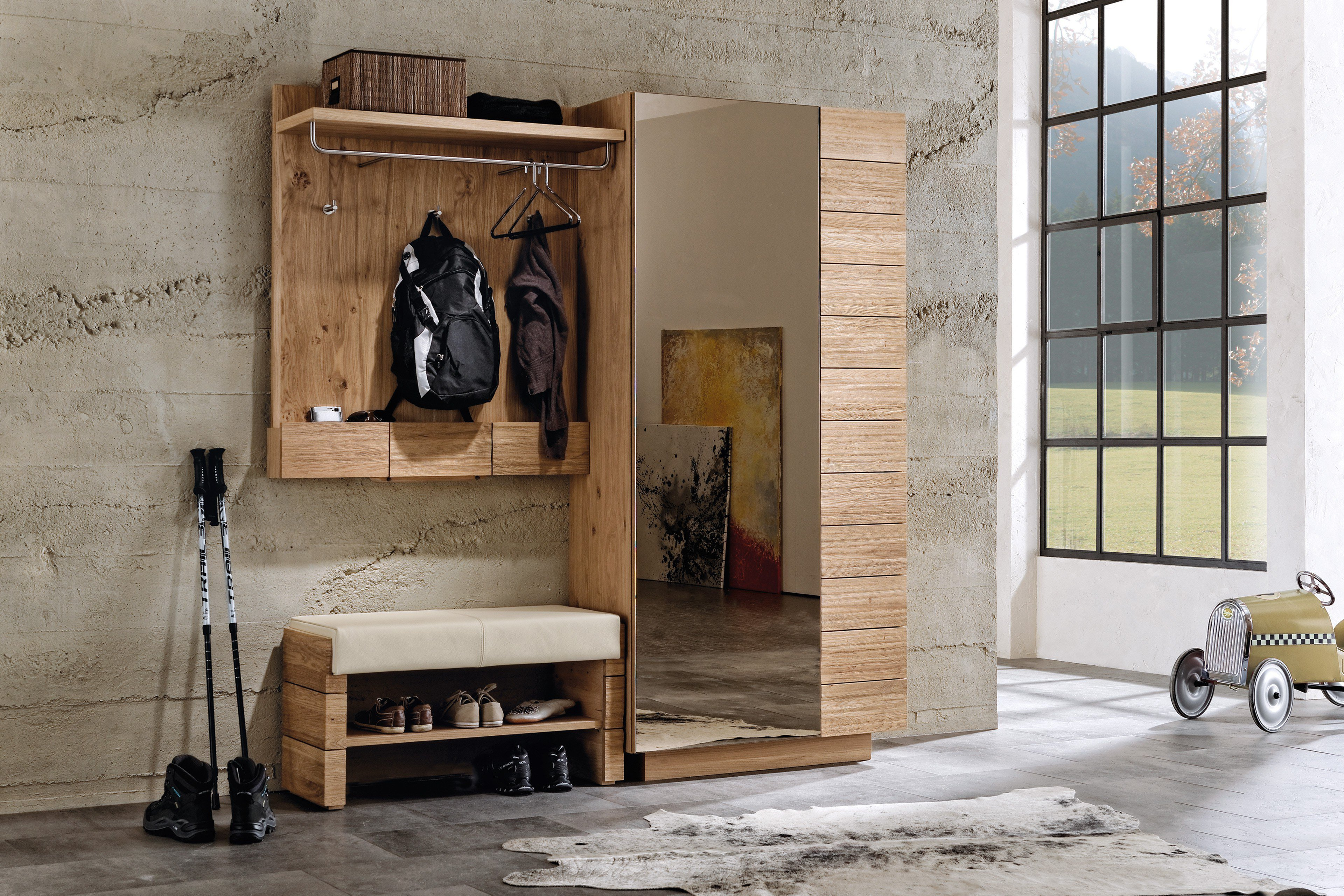 garderobe in wildeiche und sitzbank mit lederbezug v. Black Bedroom Furniture Sets. Home Design Ideas