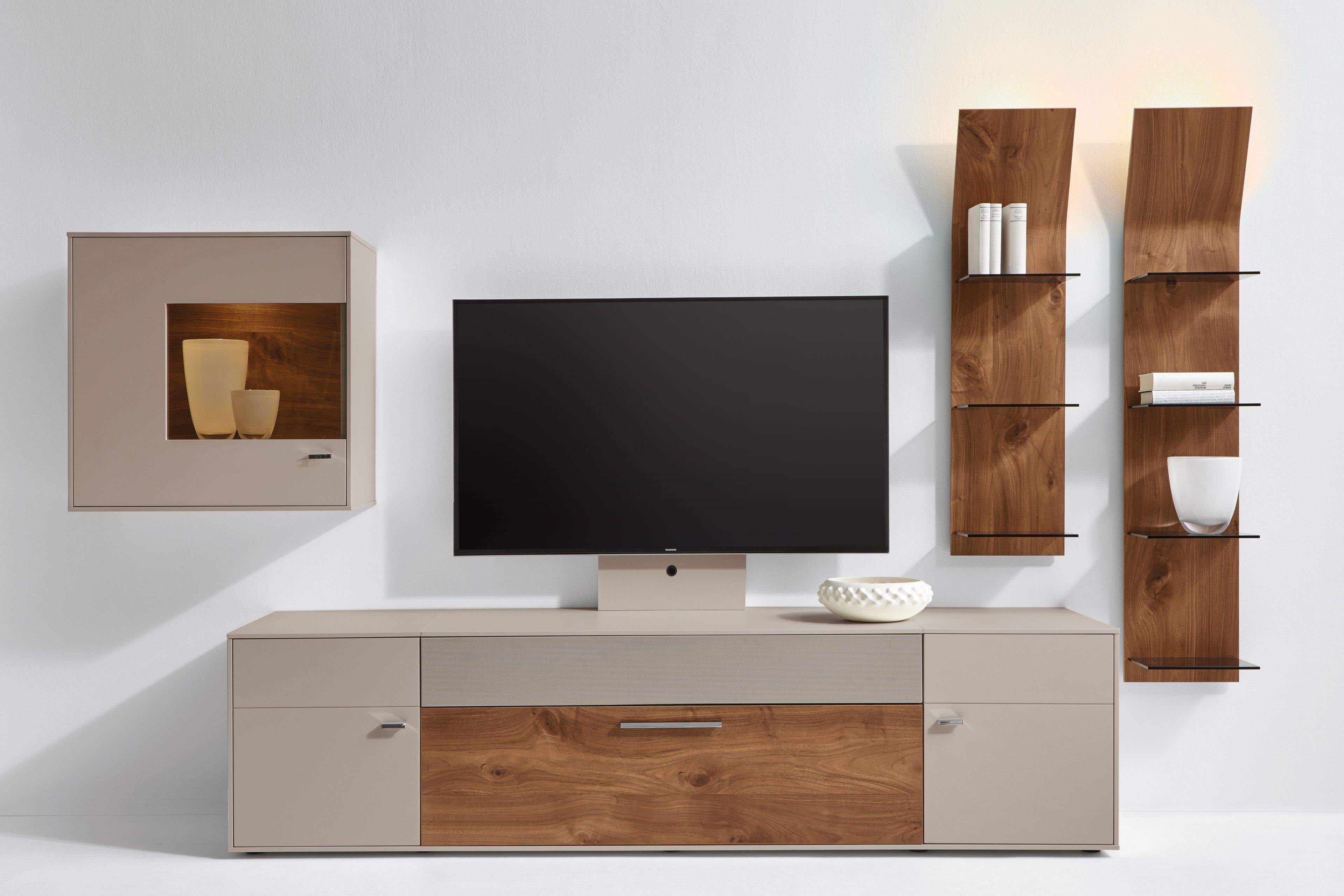 gwinner wohnwand media concept mc910 fango nussbaum m bel letz ihr online shop. Black Bedroom Furniture Sets. Home Design Ideas