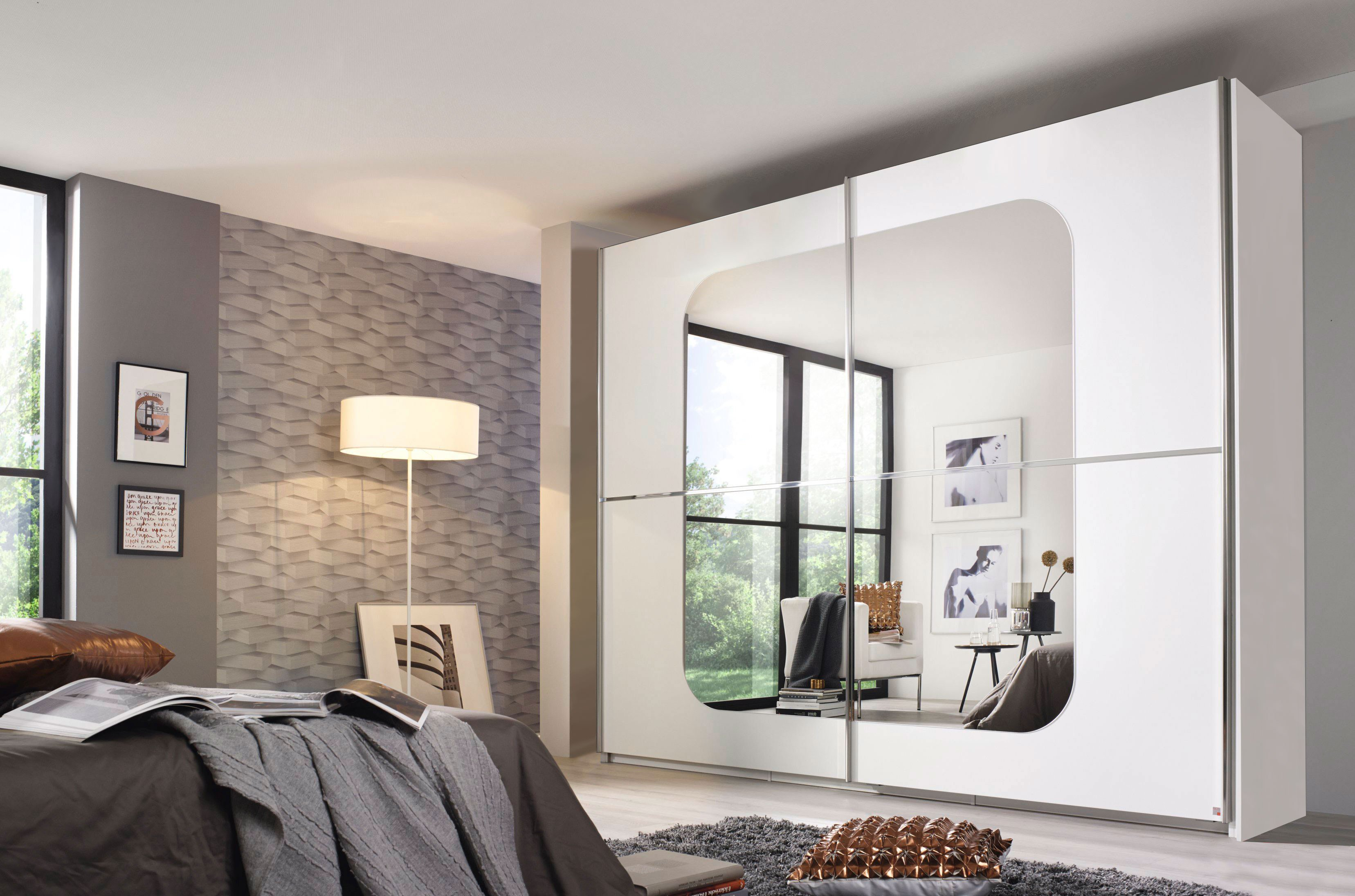 schrank modern mit spiegel. Black Bedroom Furniture Sets. Home Design Ideas