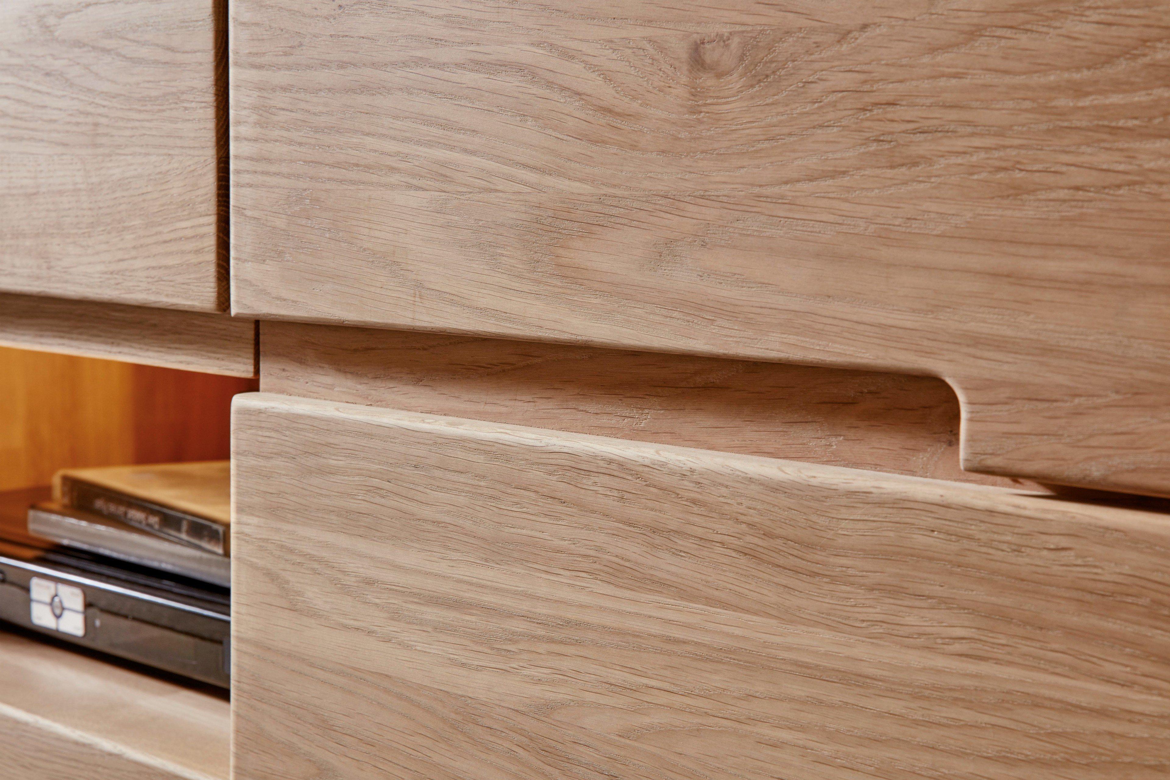 inter furn wohnwand round eiche bianco teil massiv m bel. Black Bedroom Furniture Sets. Home Design Ideas