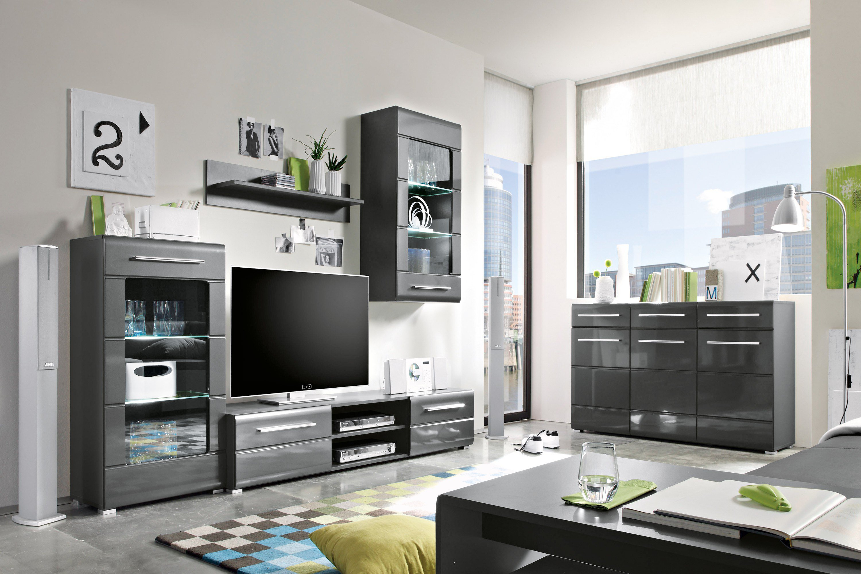 schrankwand poco stingsgm with schrankwand poco. Black Bedroom Furniture Sets. Home Design Ideas
