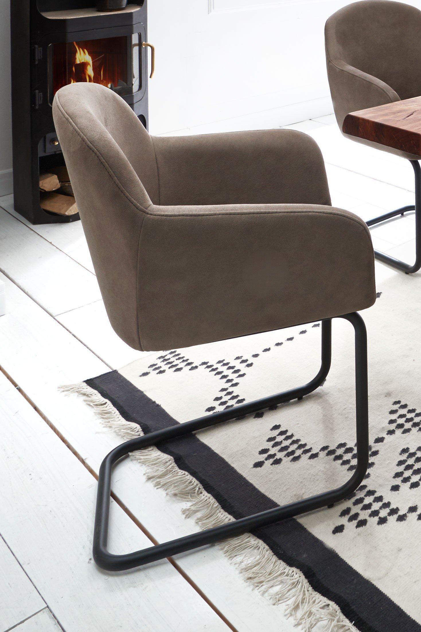 Esszimmer Von Niehoff Sitzmöbel   Stuhl Carlos U0026 Tisch Santos