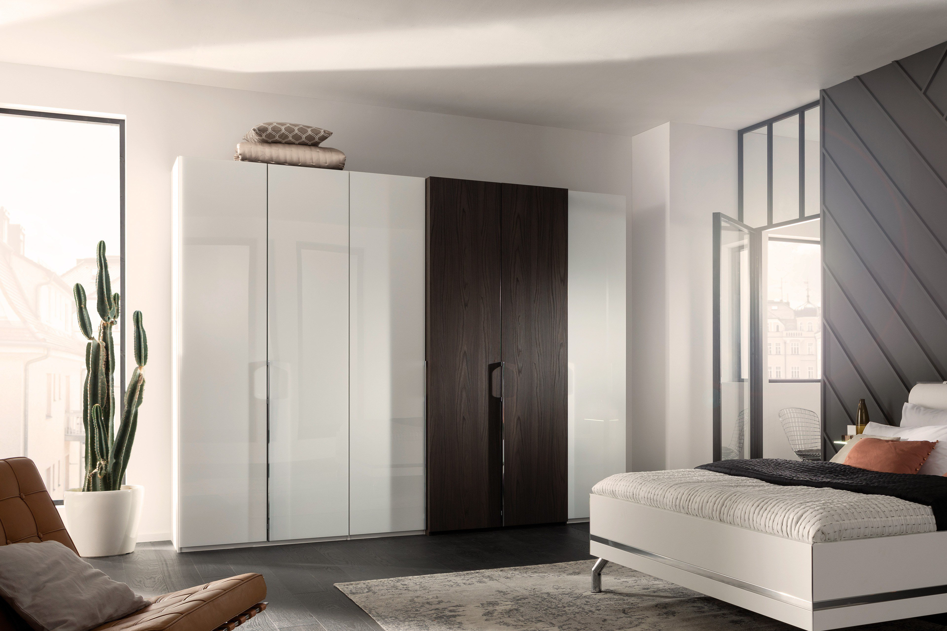 kleiderschrank wei hochglanz mit spiegel. Black Bedroom Furniture Sets. Home Design Ideas
