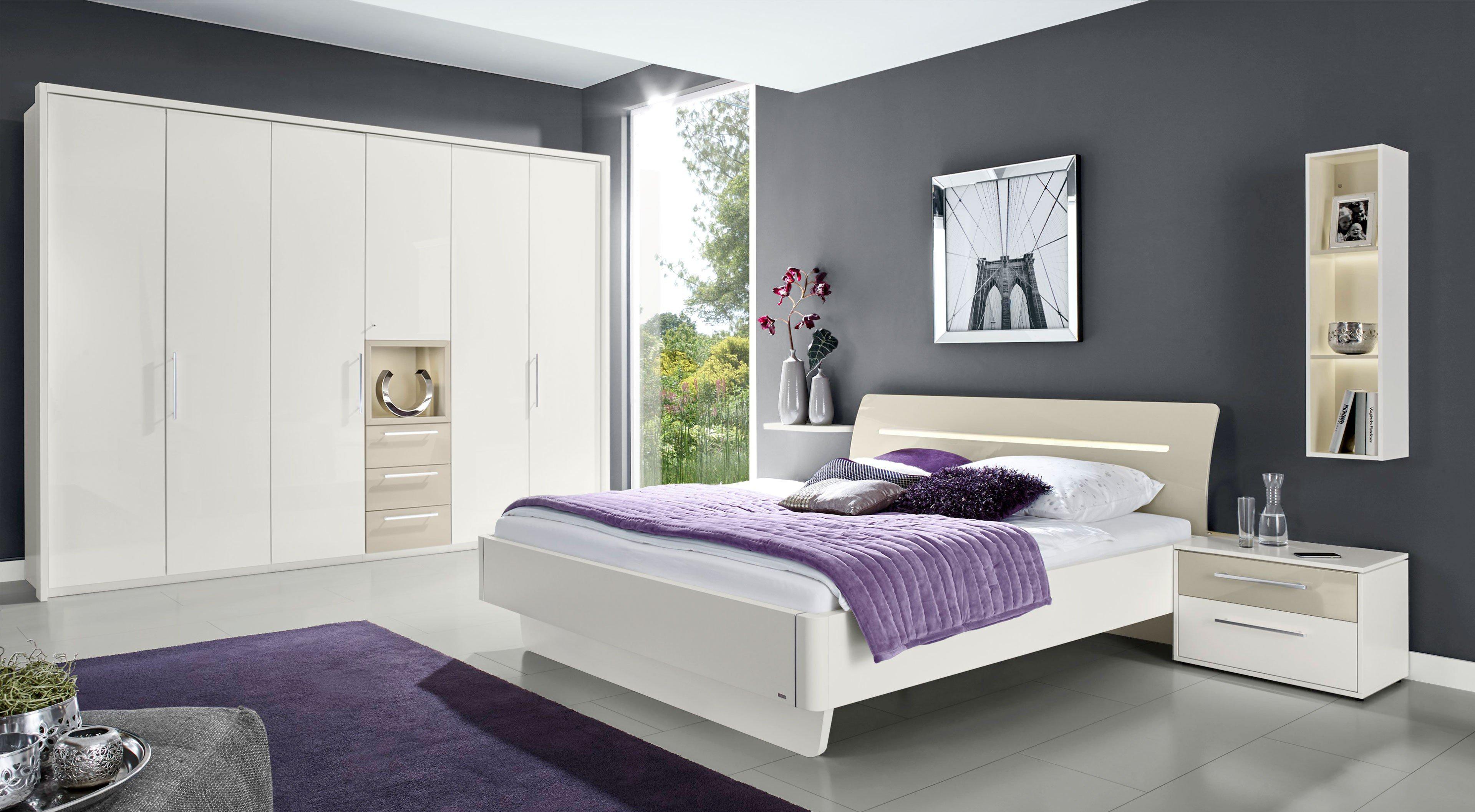 schlafzimmer hochglanz schlafzimmer hochglanz m. Black Bedroom Furniture Sets. Home Design Ideas