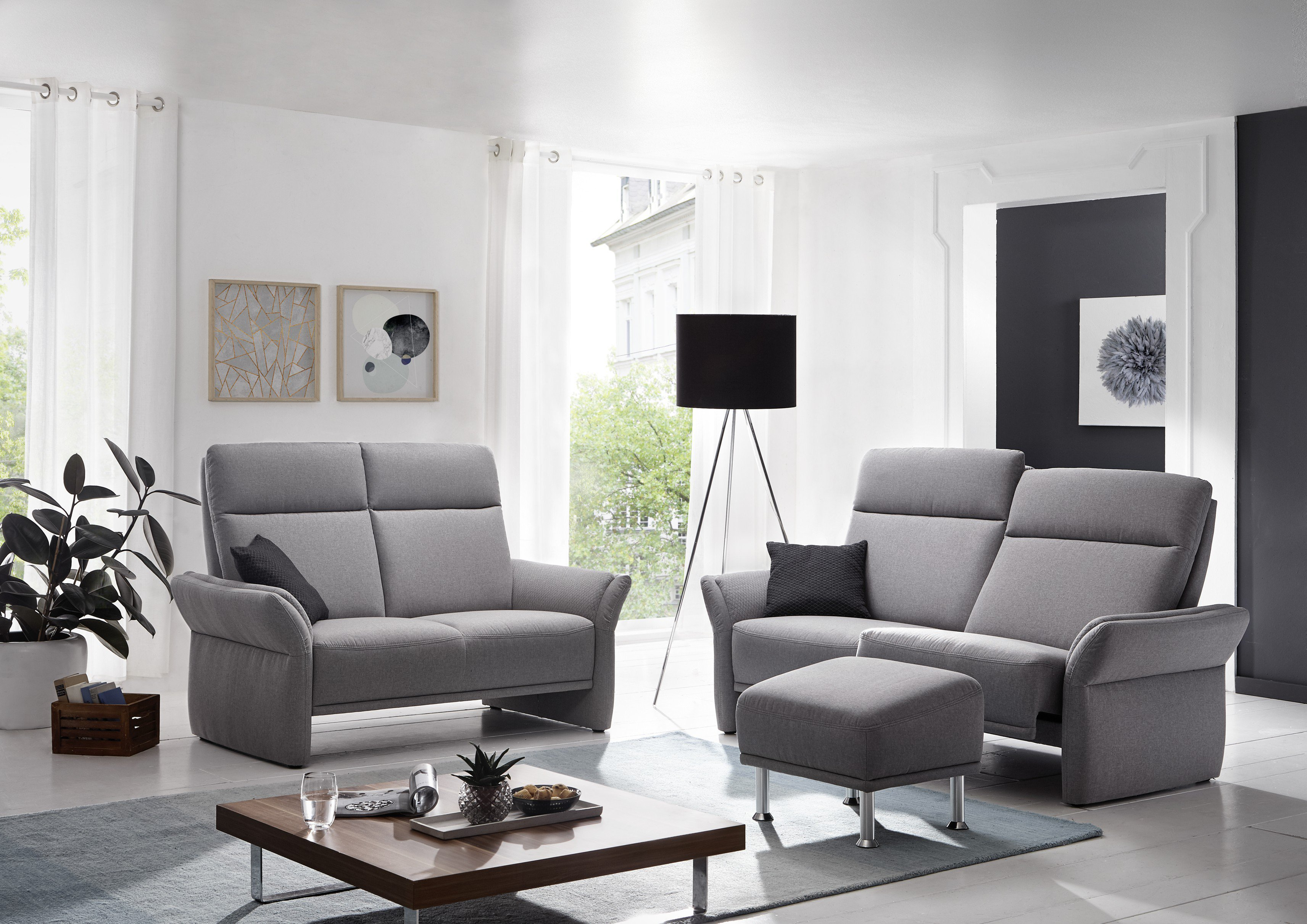 gruber polsterm bel lugana sofagarnitur in hellgrau. Black Bedroom Furniture Sets. Home Design Ideas