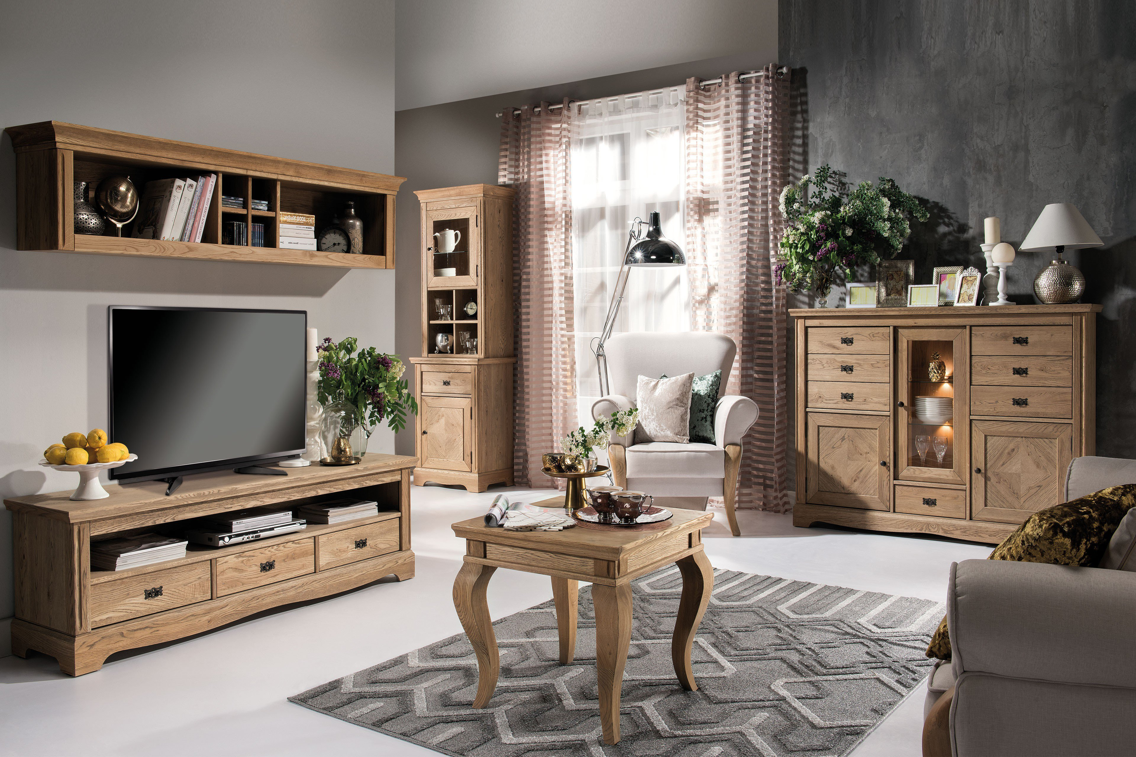 kollektion letz atelie wohnwand alte eiche m bel letz. Black Bedroom Furniture Sets. Home Design Ideas