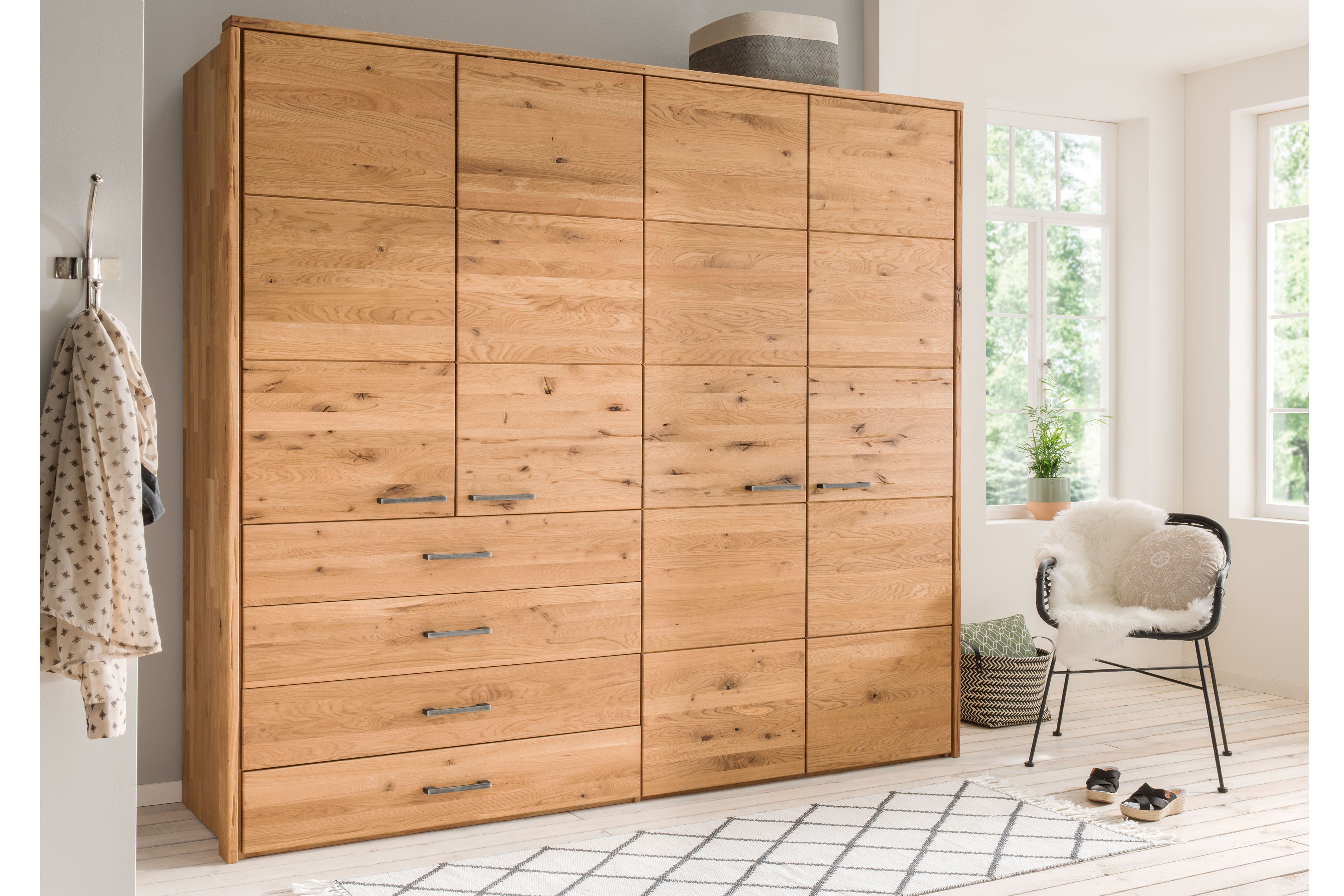 schrank echtholz elegant gradel volare schrank wildeiche echtholz furniert absetzung schiefer. Black Bedroom Furniture Sets. Home Design Ideas