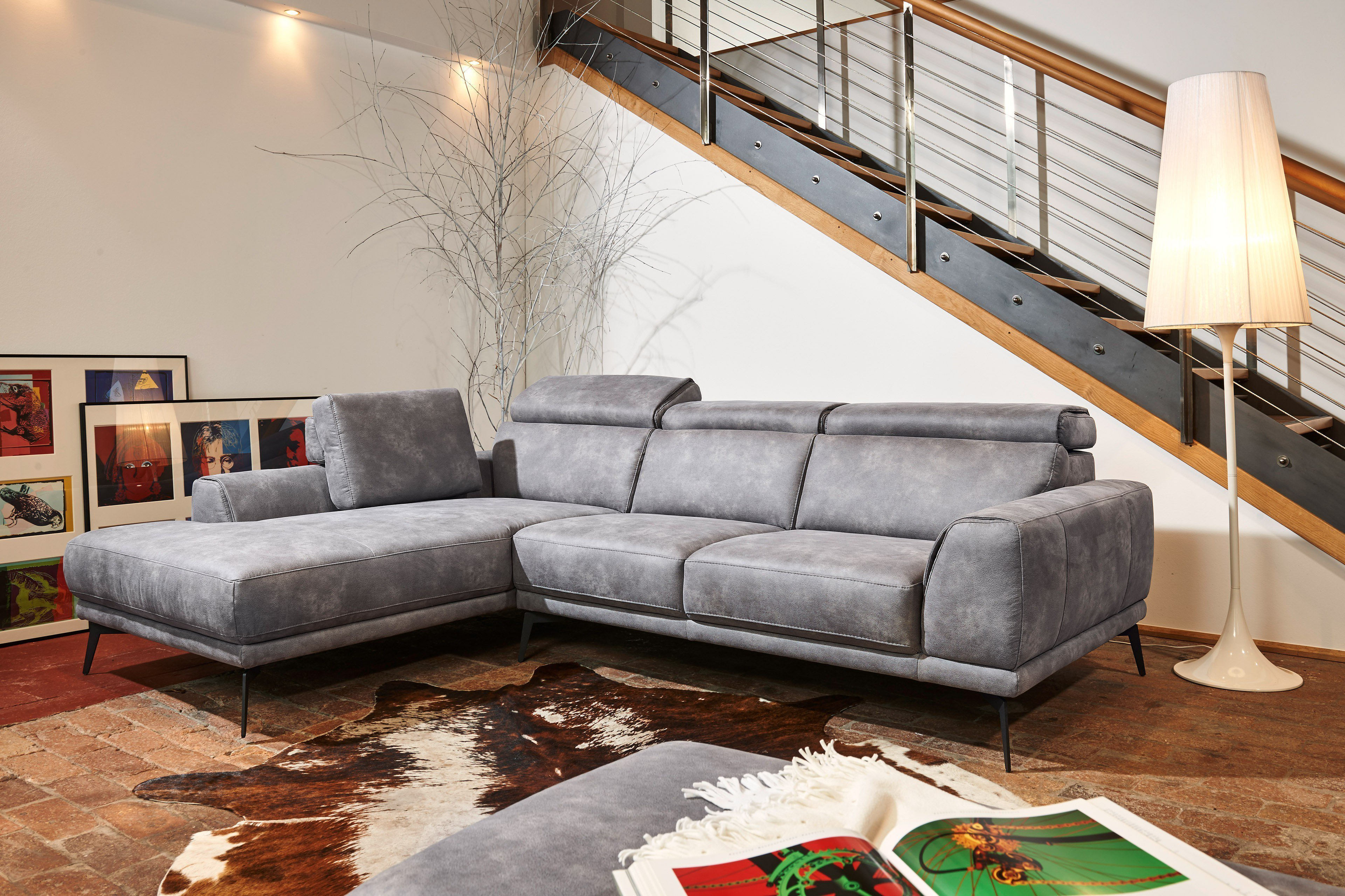 sofa mit boxen artanova s athena sofa shows that couches can go multimedia too. Black Bedroom Furniture Sets. Home Design Ideas