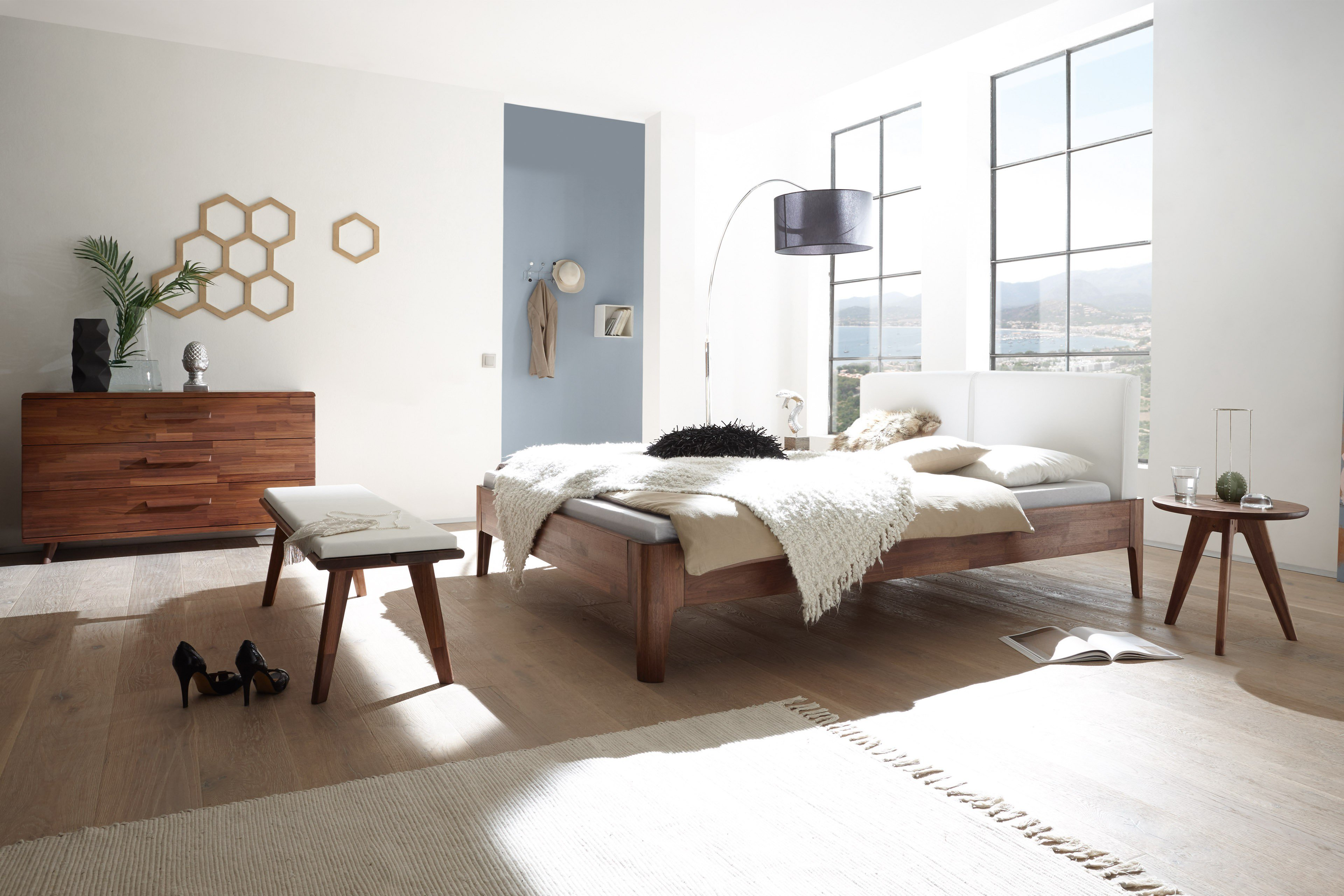 hasena fine line holz bett xylo nussbaum m bel letz. Black Bedroom Furniture Sets. Home Design Ideas