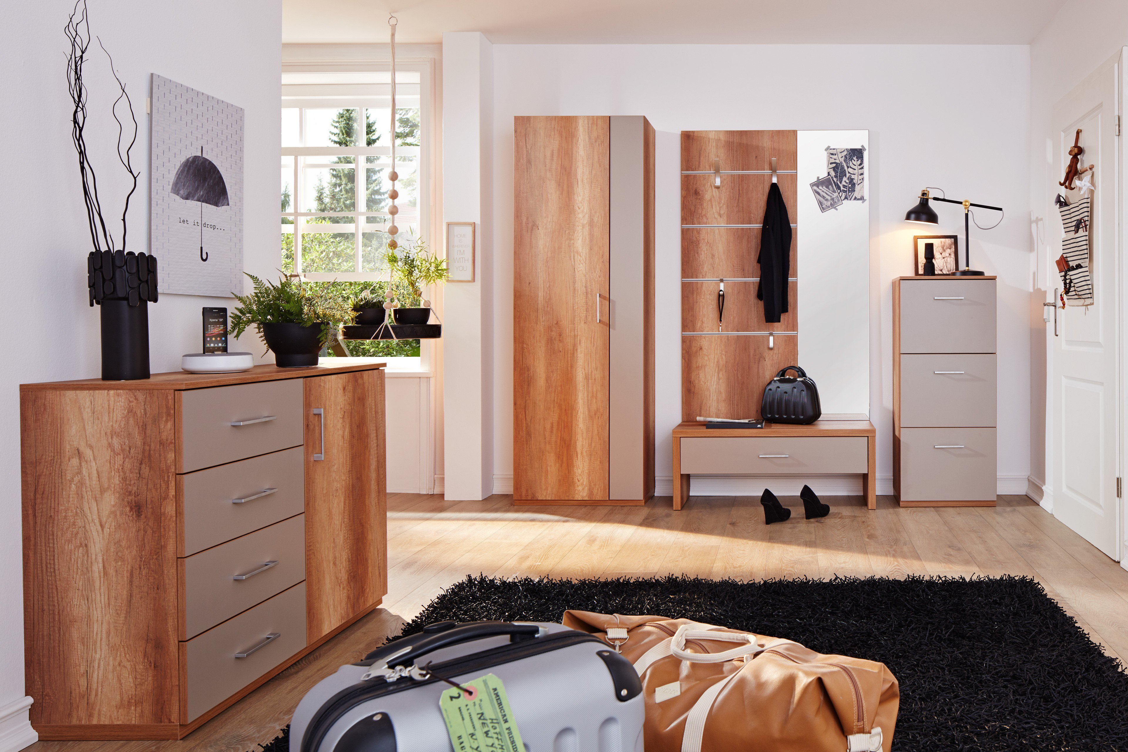 garderobe m nchen plus in goldeiche von prenneis m bel letz ihr online shop. Black Bedroom Furniture Sets. Home Design Ideas