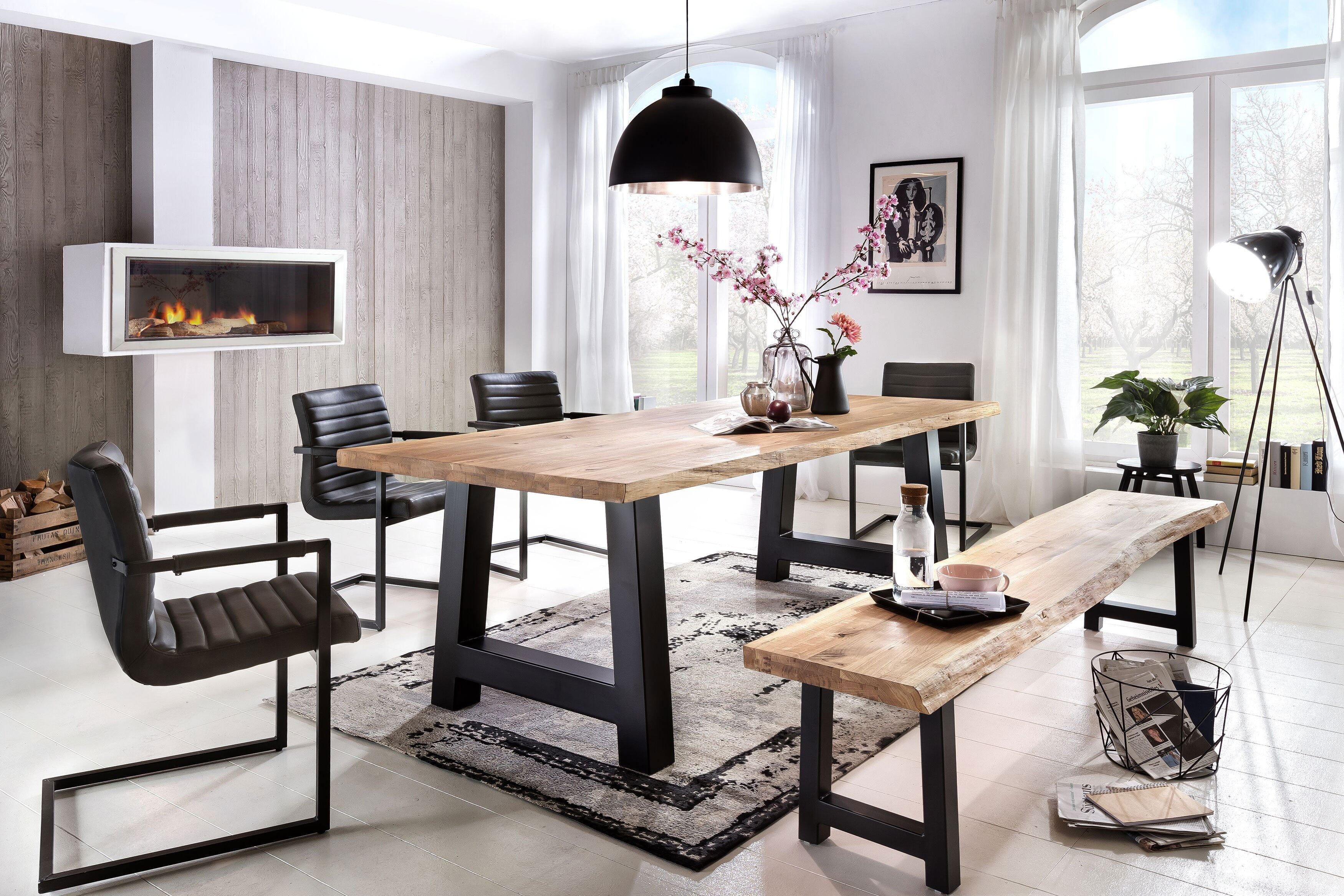 Tisch New York Balkeneiche weiß gekälkt von massiv.direkt | Möbel ...