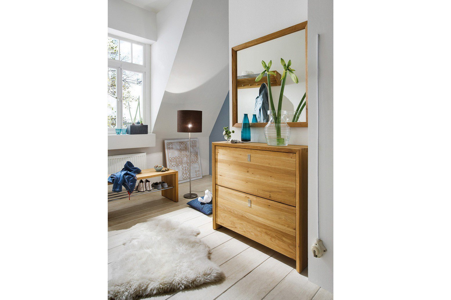 garderobe kajsa in wildeiche skandinavische m bel. Black Bedroom Furniture Sets. Home Design Ideas