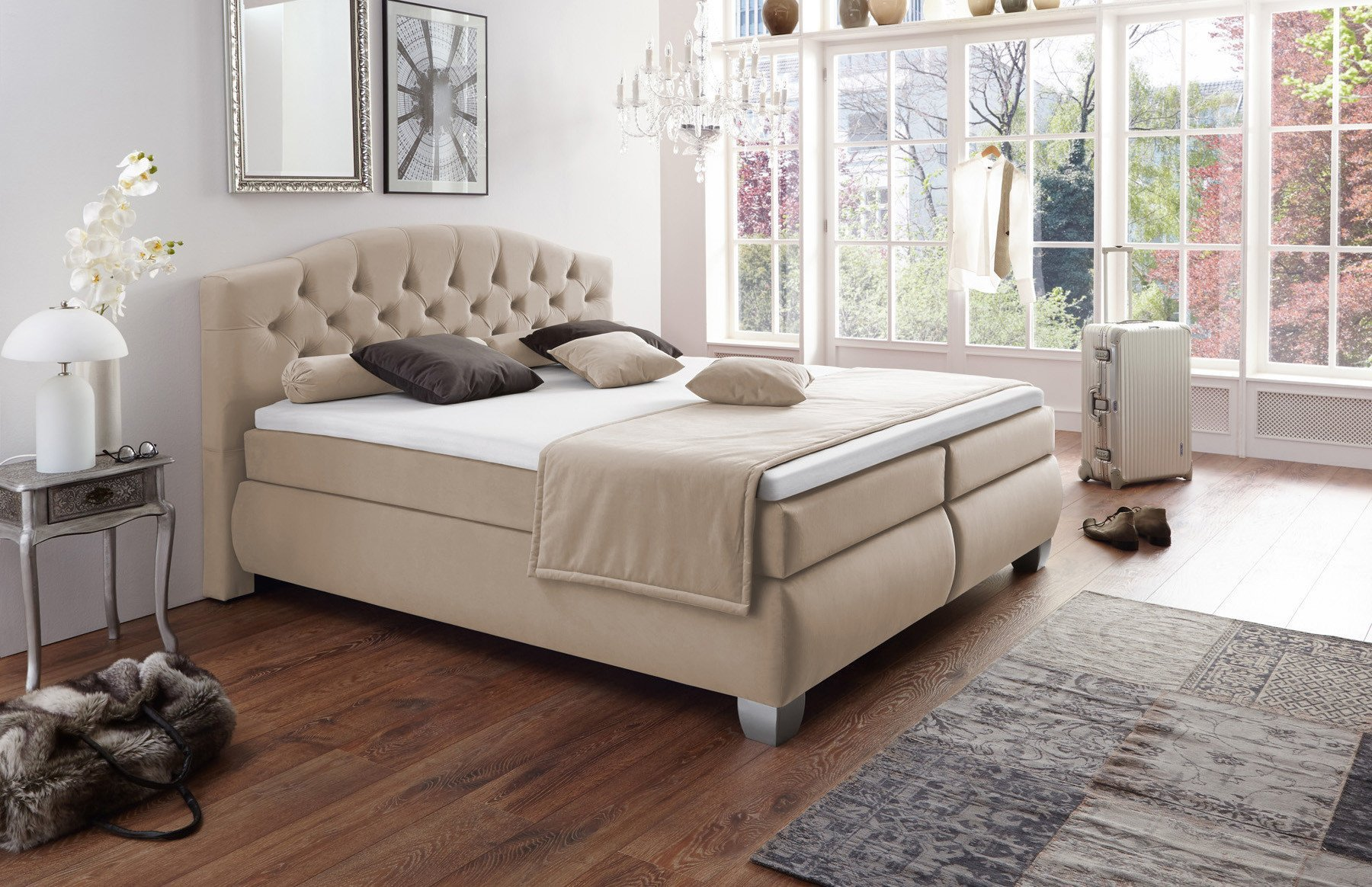 hapo boxspringbett chester in beige mit knopfheftung. Black Bedroom Furniture Sets. Home Design Ideas